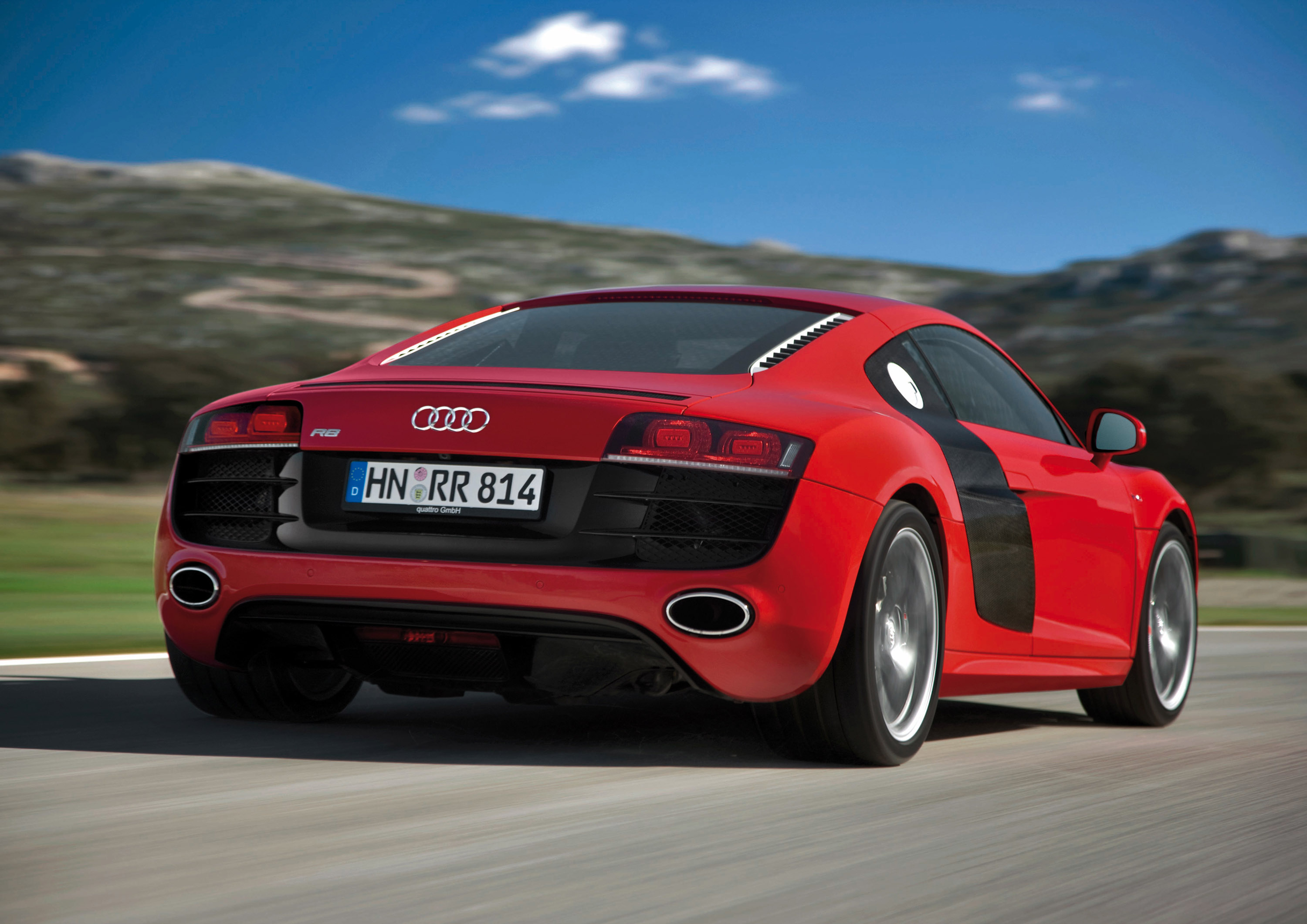 "audi r8 is ""classic of the future 2009"""