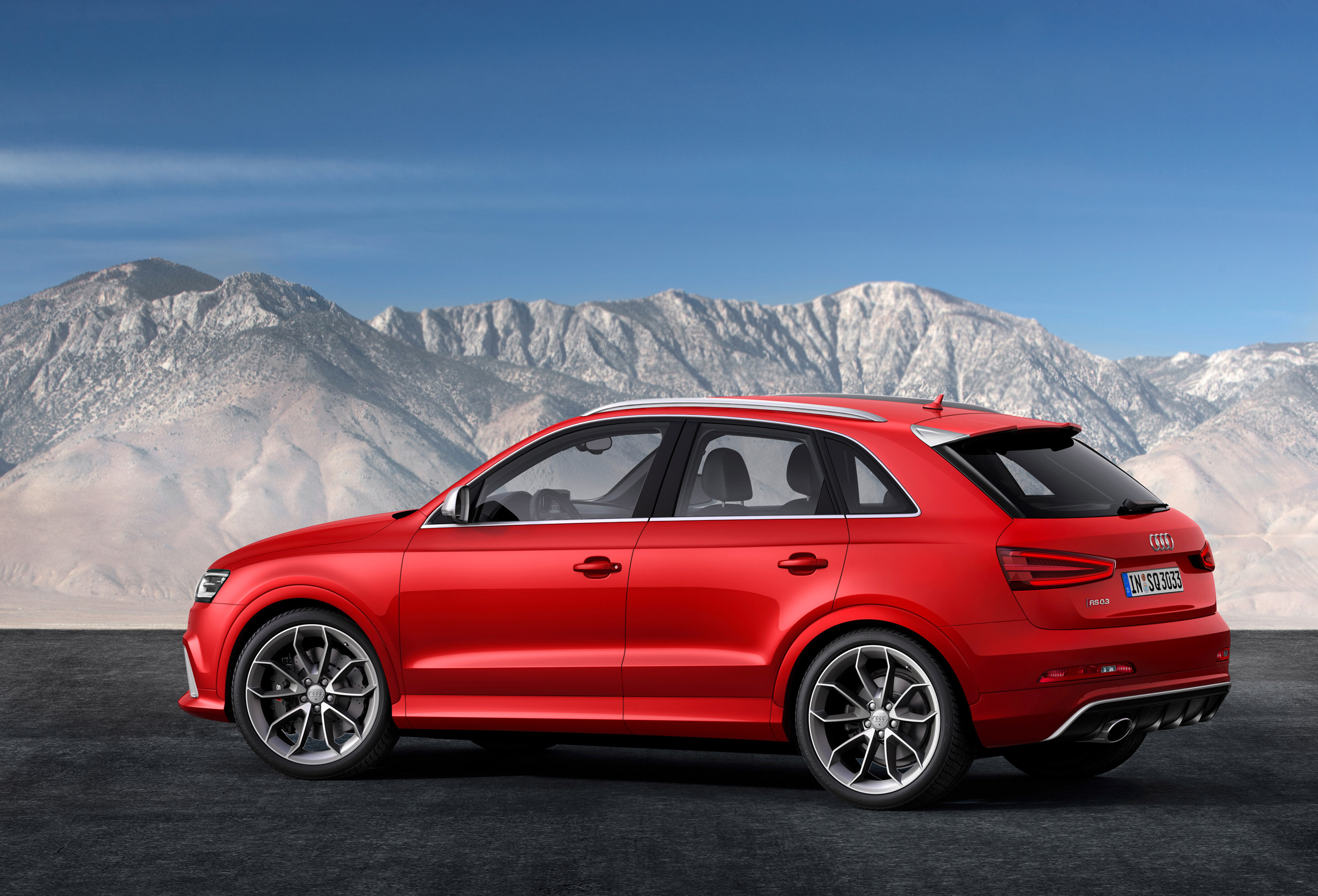 audi rs q3 suv with world debut at geneva motor show. Black Bedroom Furniture Sets. Home Design Ideas
