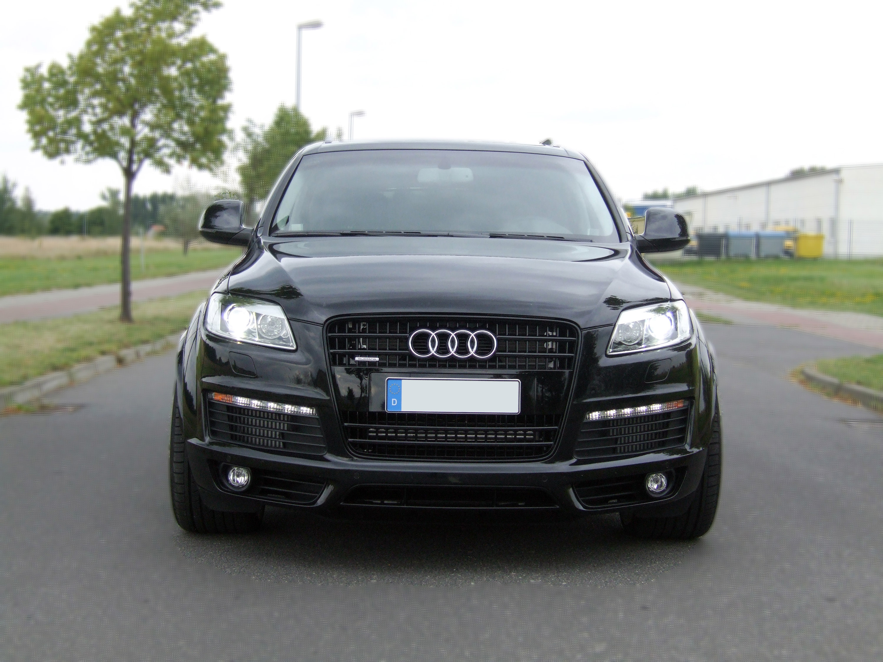 Avus Performance Audi Q7 A Slightly Different Suv HD Wallpapers Download free images and photos [musssic.tk]