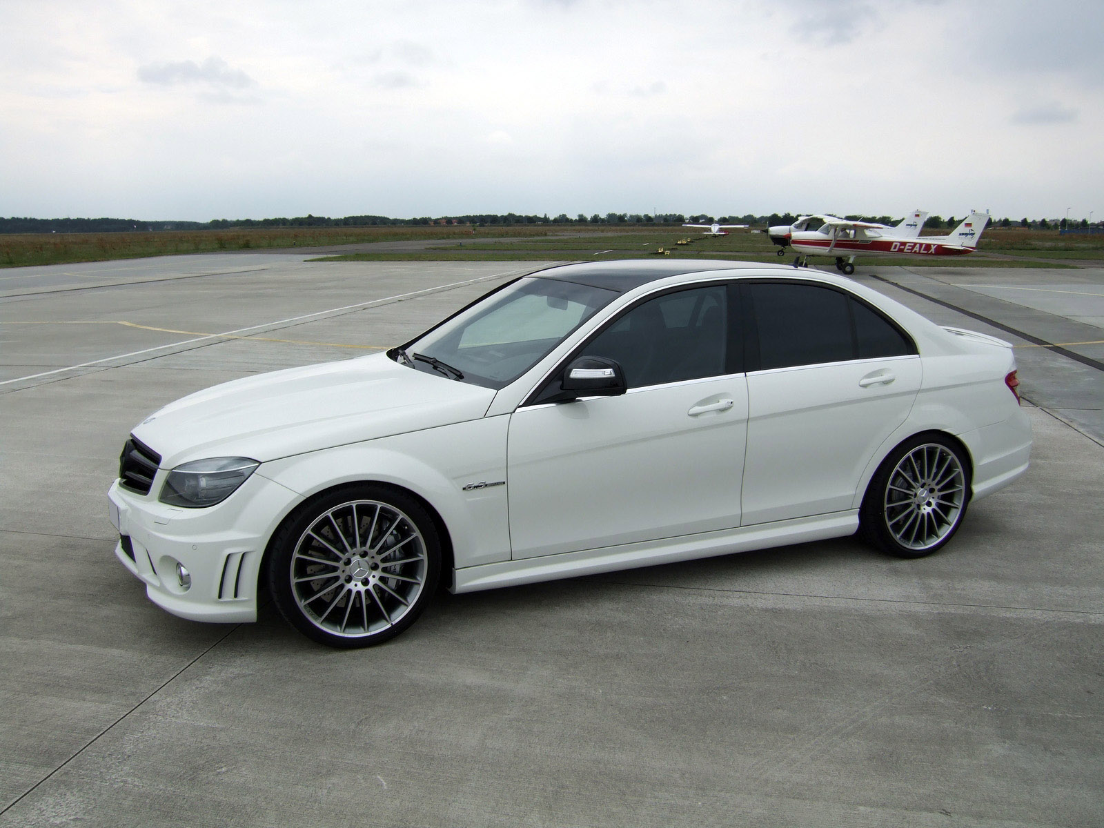 Avus performance mercedes benz c63 amg a wolf in sheep 39 s for Performance mercedes benz