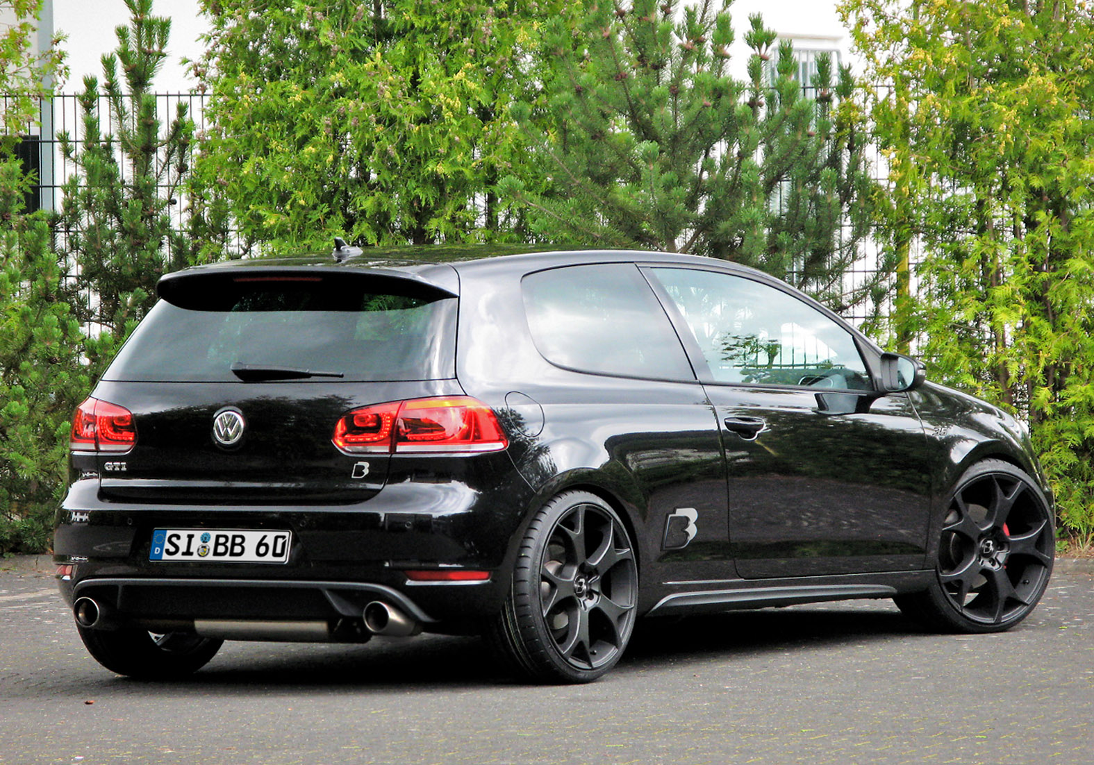 b b vw golf gti edition 35. Black Bedroom Furniture Sets. Home Design Ideas