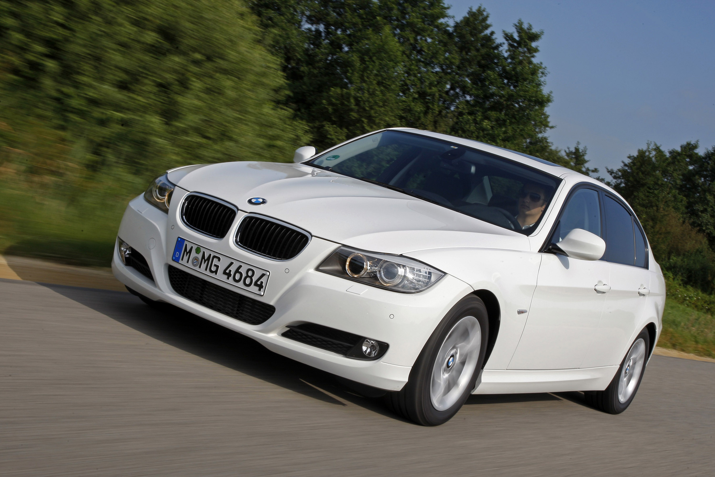 fleet news 2010 bmw 3 series is the most reliable car. Black Bedroom Furniture Sets. Home Design Ideas