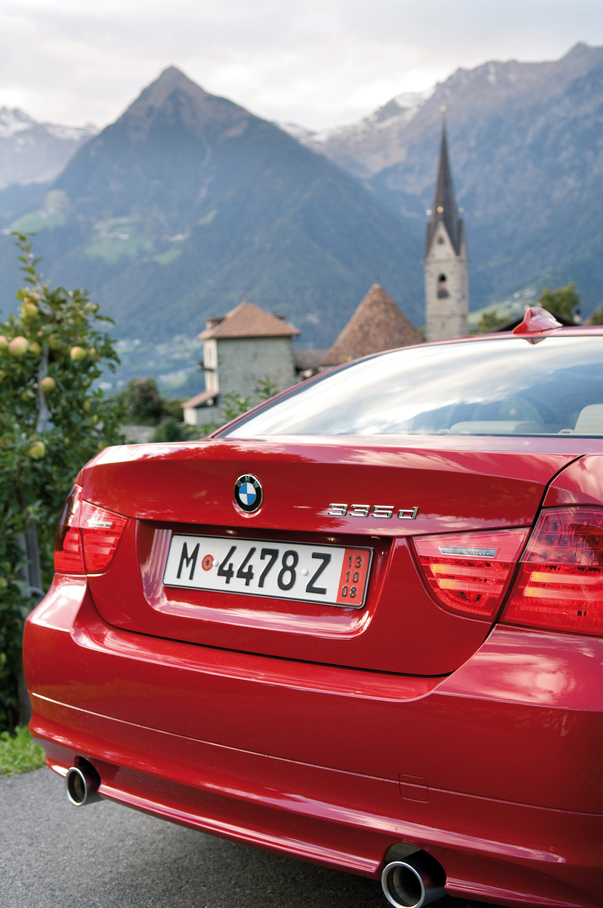 BMW 335d AND X5 xDrive35d PRICING ANNOUNCED