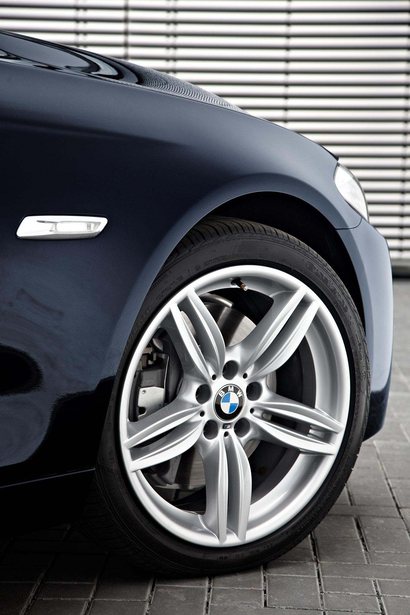 BMW Series Sedan M Sports Package At The Paris Motor Show - 2011 bmw 5 series rims