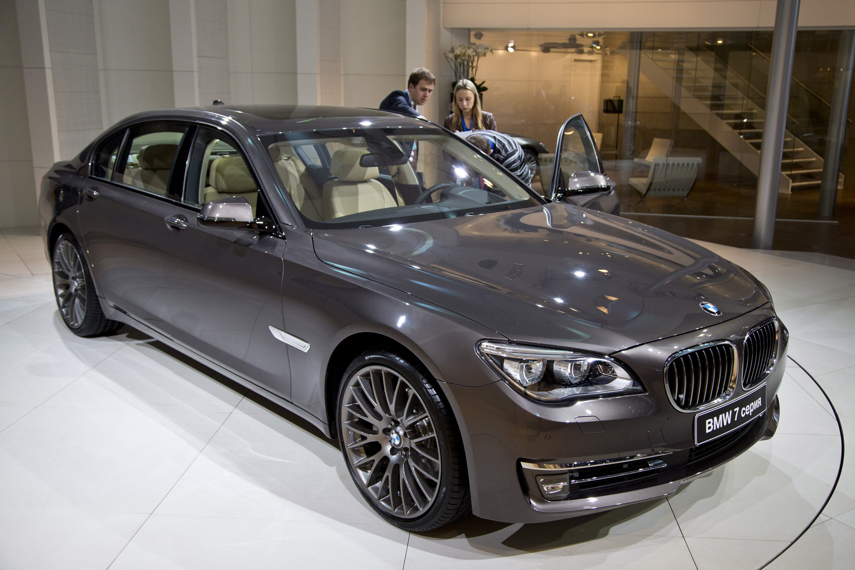Bmw 7 Series Moscow 2012 Picture 73820