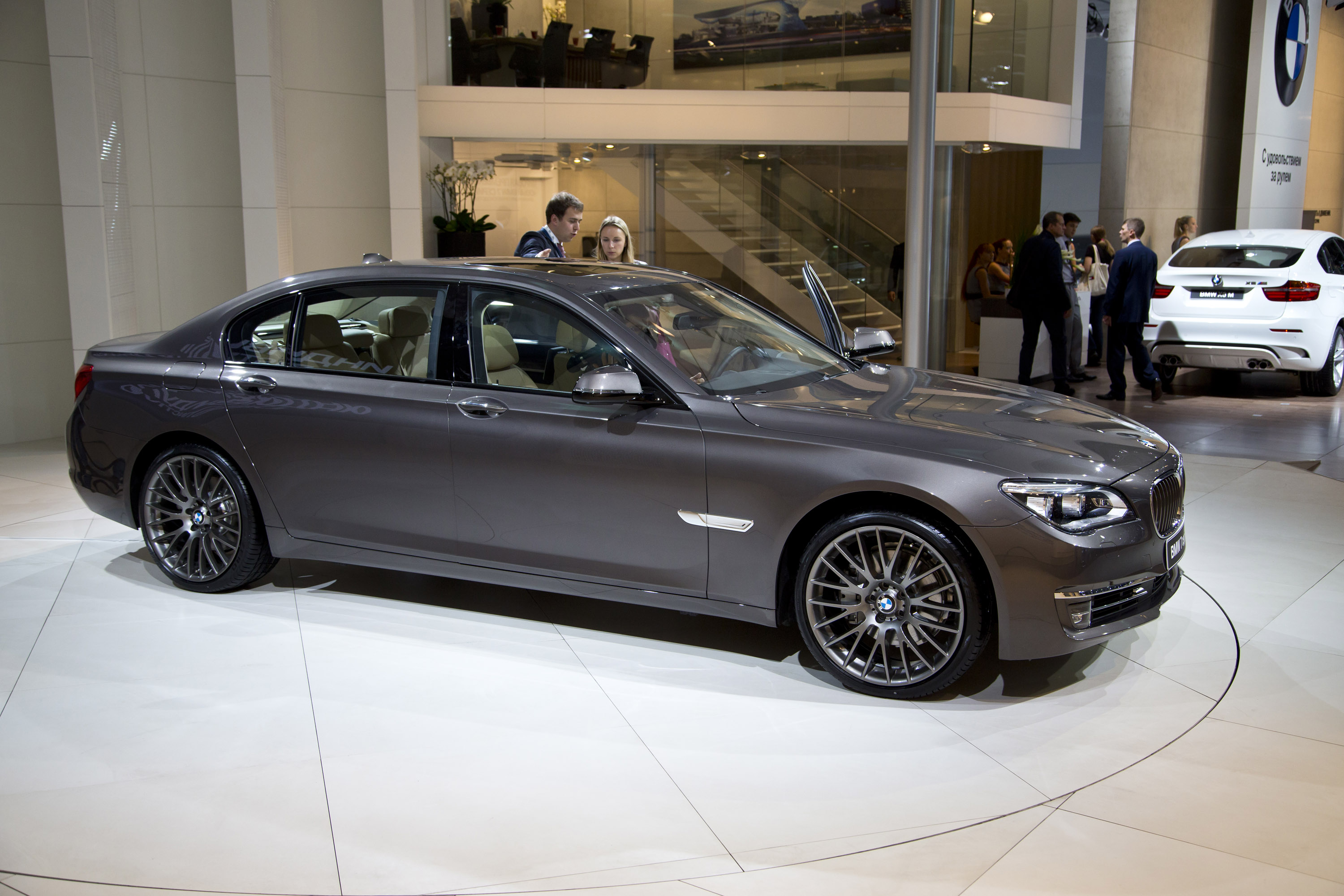 Bmw 7 Series Moscow 2012 Picture 73821