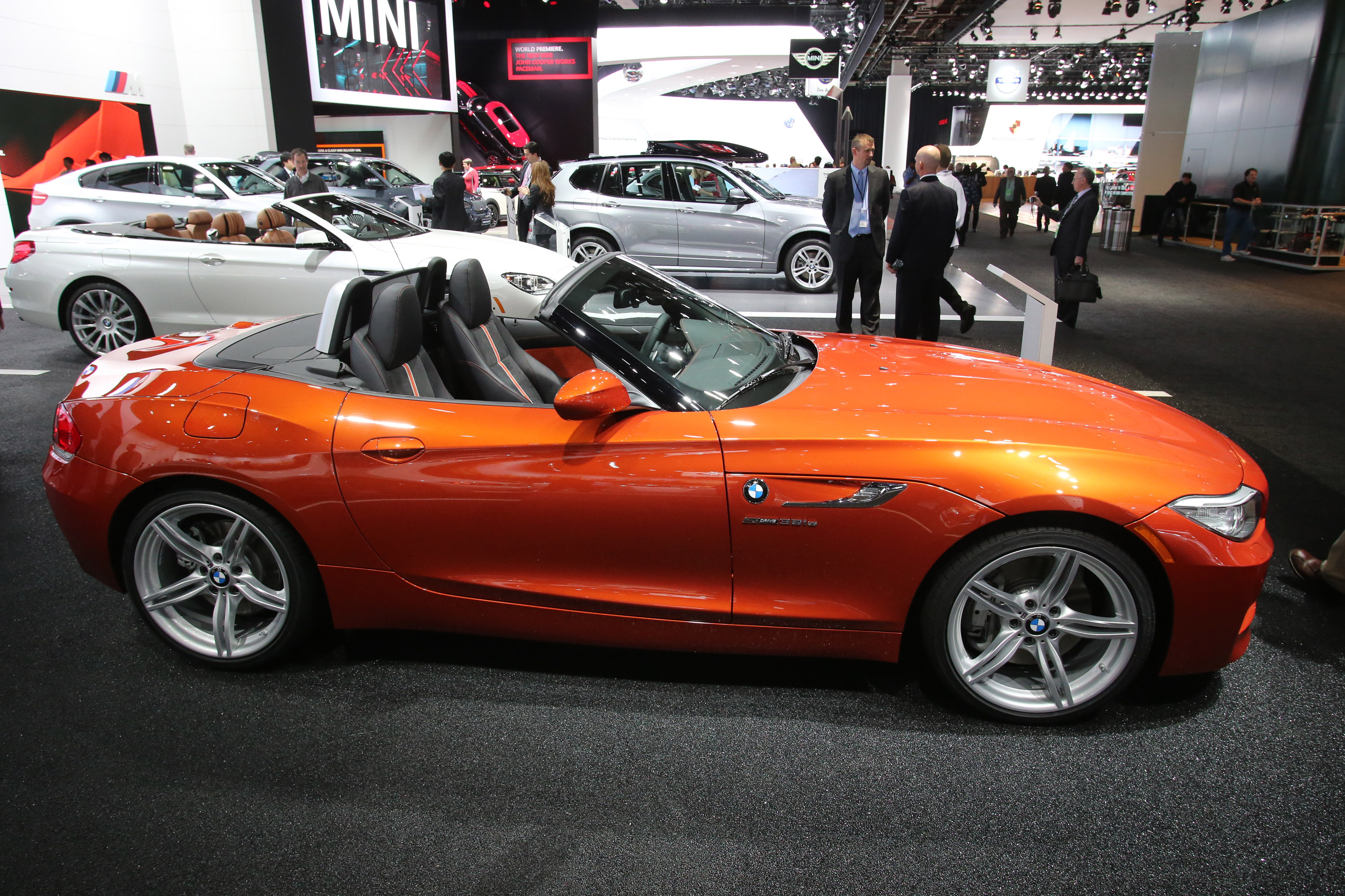 bmw z4 sdrive 35is detroit 2013 picture 79952. Black Bedroom Furniture Sets. Home Design Ideas