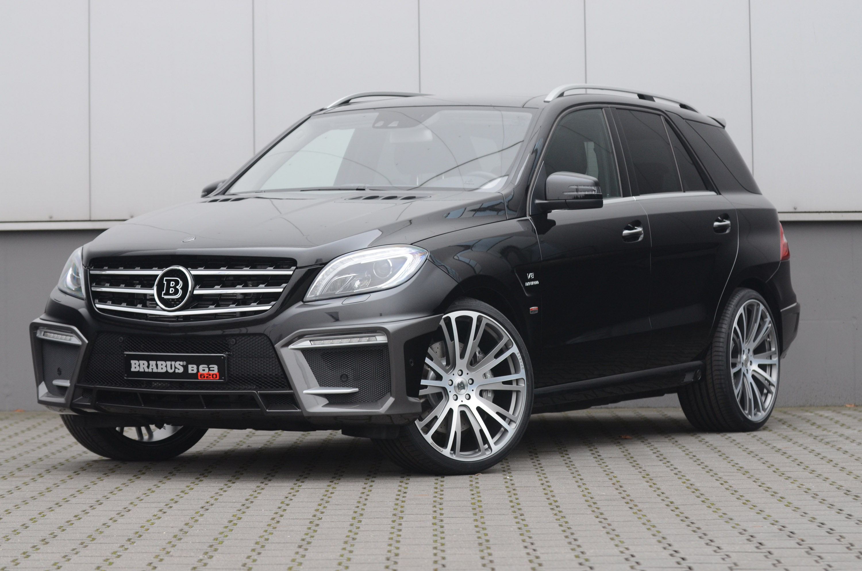 Brabus 2012 mercedes benz ml 63 amg for Mercedes benz brabus amg