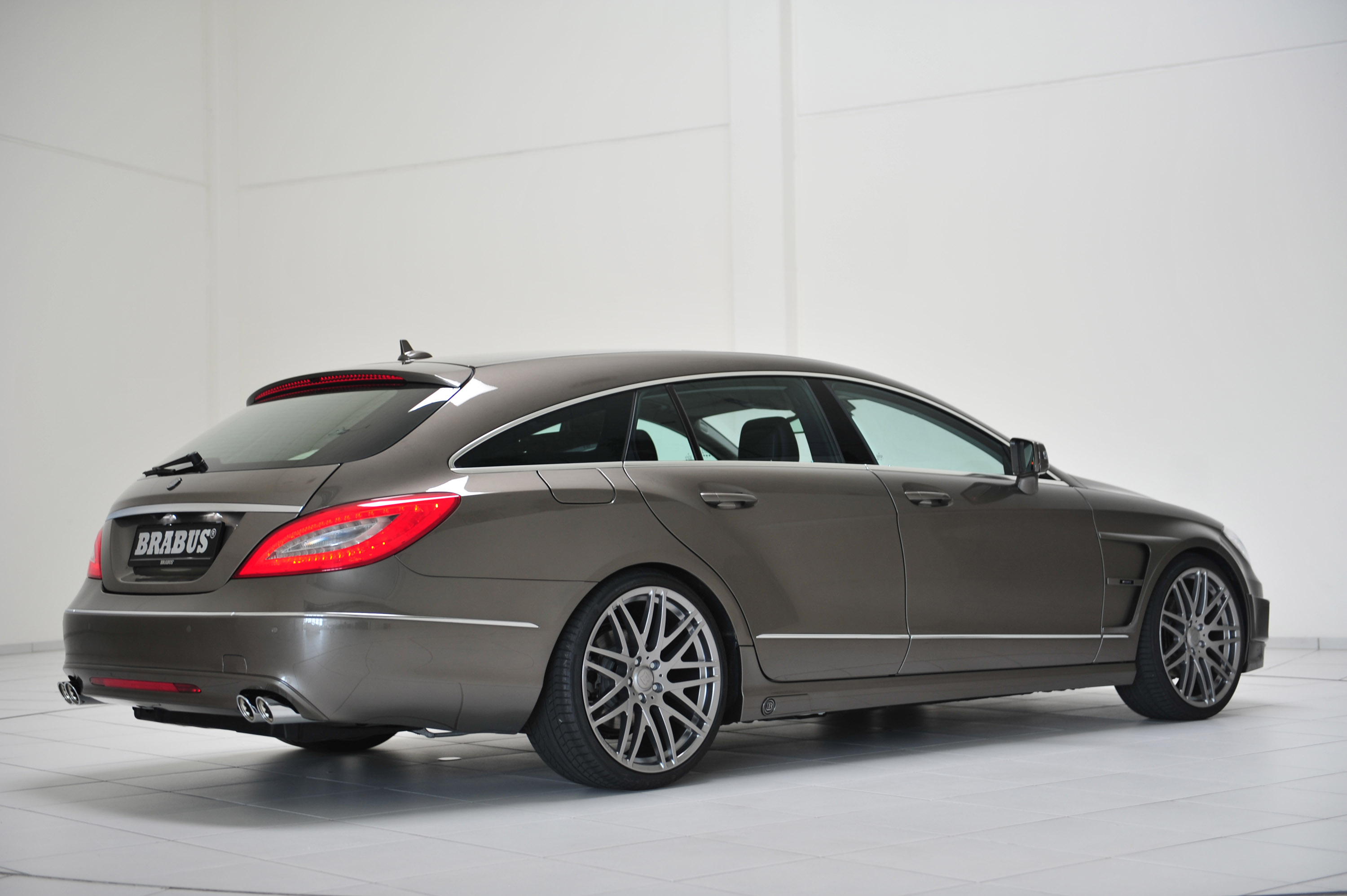 brabus 2013 mercedes benz cls shooting brake. Black Bedroom Furniture Sets. Home Design Ideas