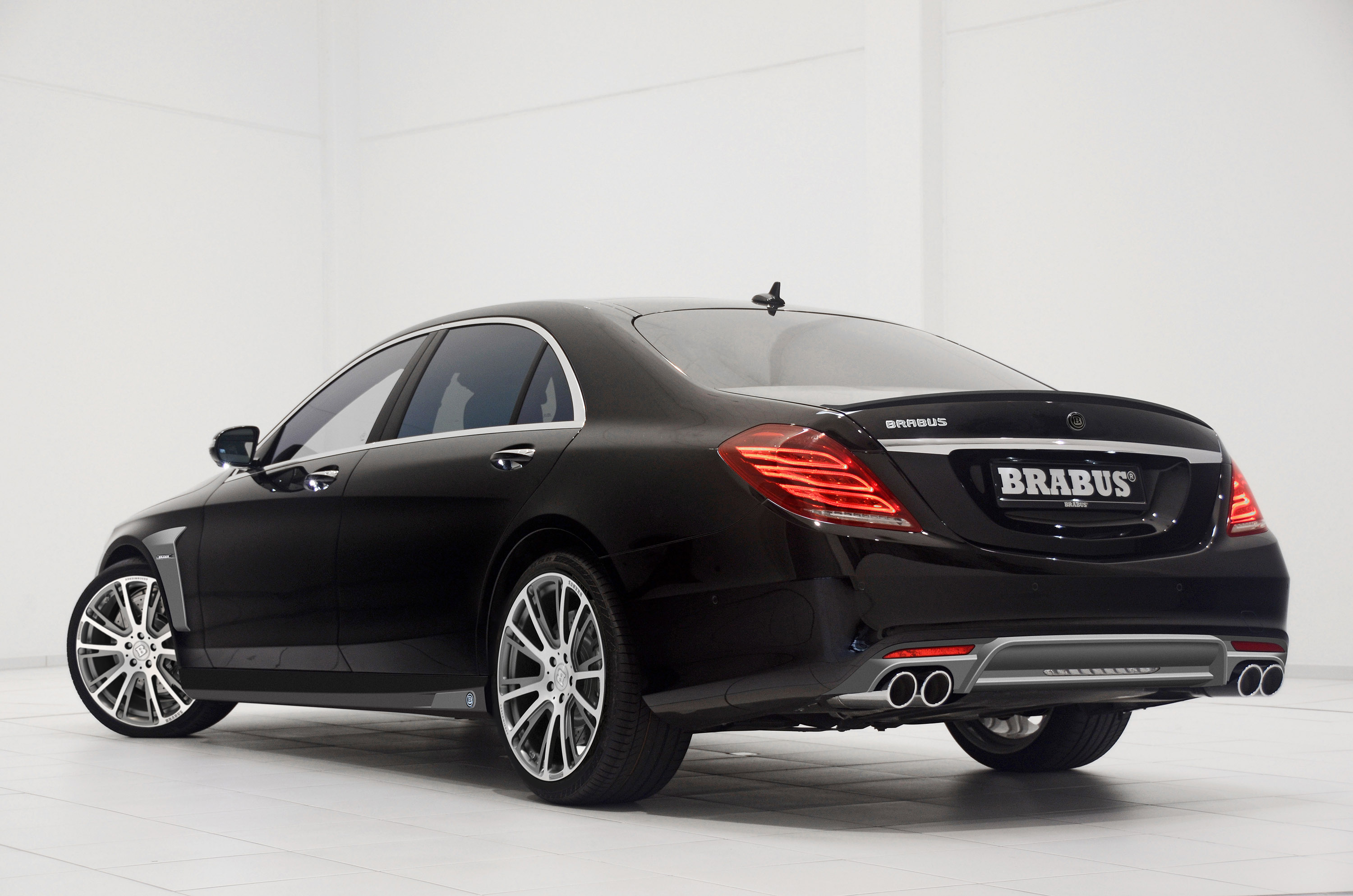 brabus 2014 mercedes benz s class powerful fast individual and exclusive. Black Bedroom Furniture Sets. Home Design Ideas