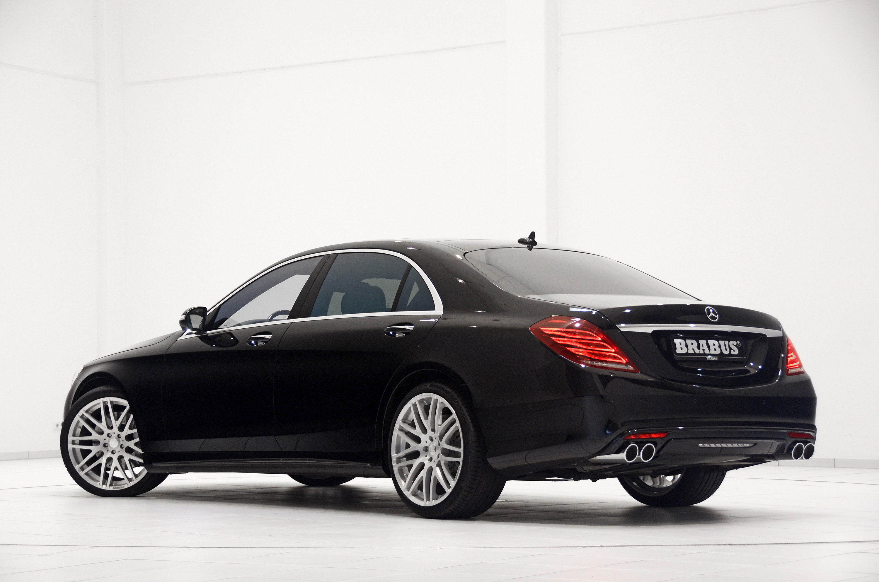 brabus 2014 mercedes benz s class powerful fast. Black Bedroom Furniture Sets. Home Design Ideas