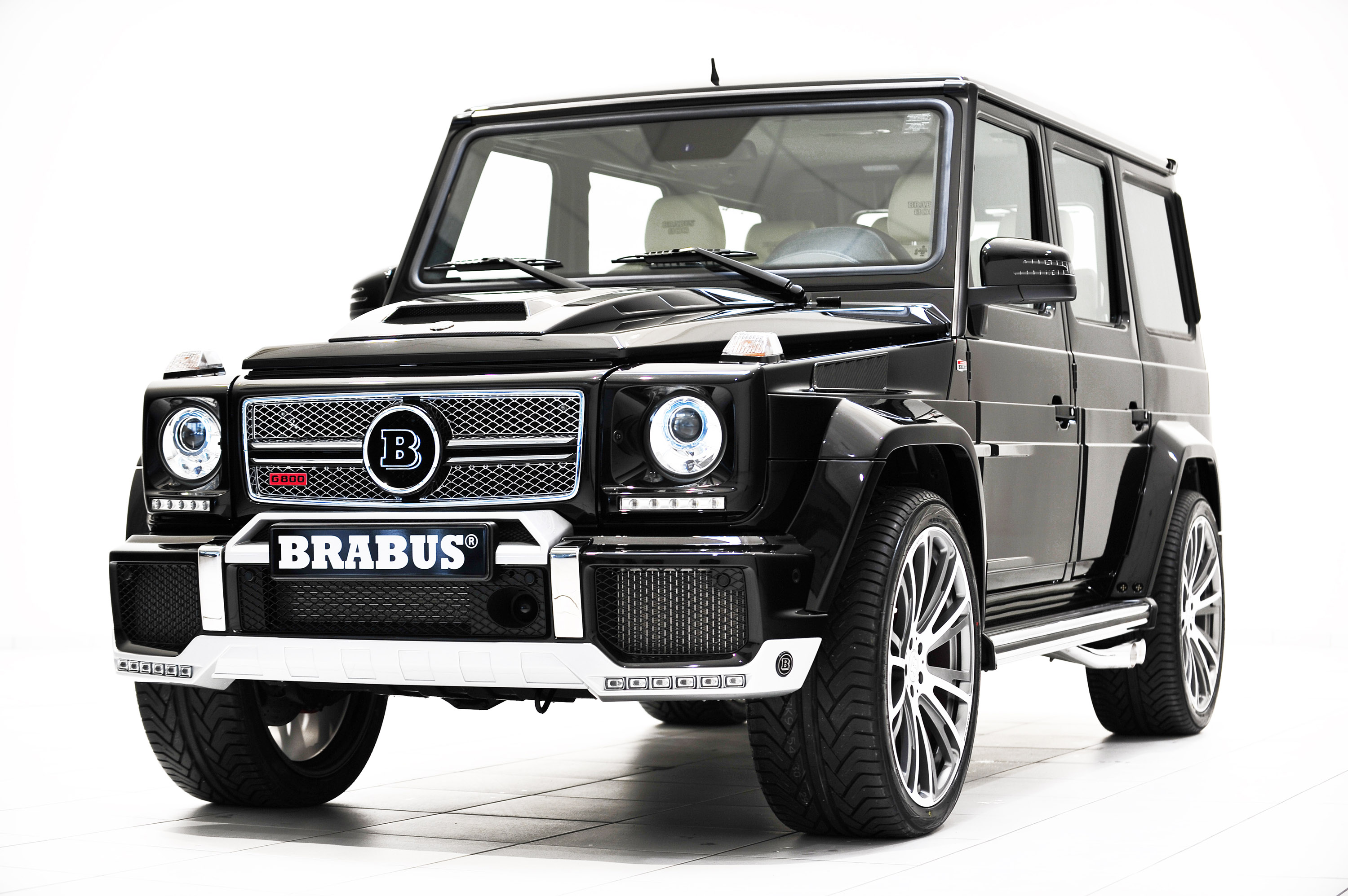 brabus 800 widestar at the 2013 qatar motor show. Black Bedroom Furniture Sets. Home Design Ideas