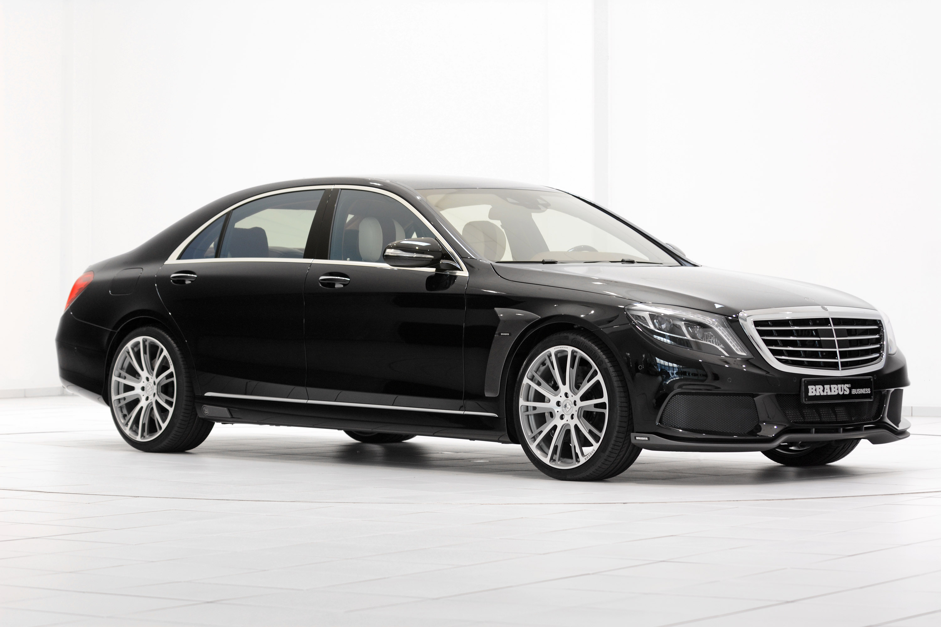 Brabus 850 6 0 bi turbo ibusiness based on mercedes benz for Mercedes benz 850