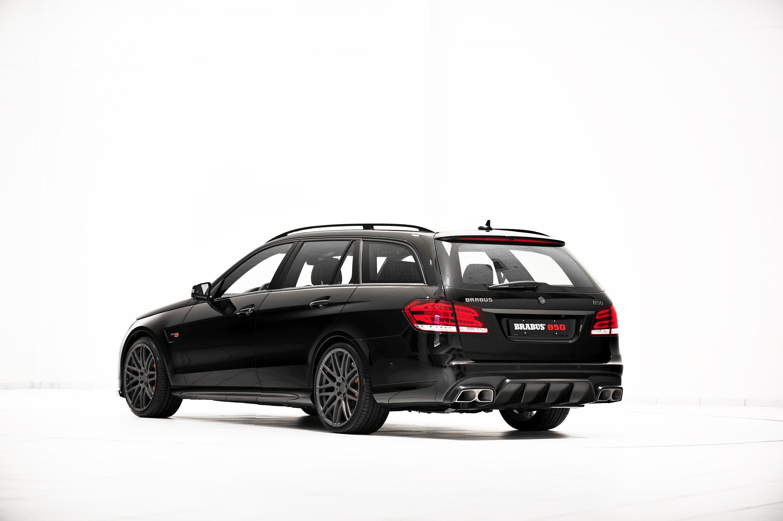 supersized brabus 850 6 0 biturbo mercedes e 63 amg station wagon. Black Bedroom Furniture Sets. Home Design Ideas