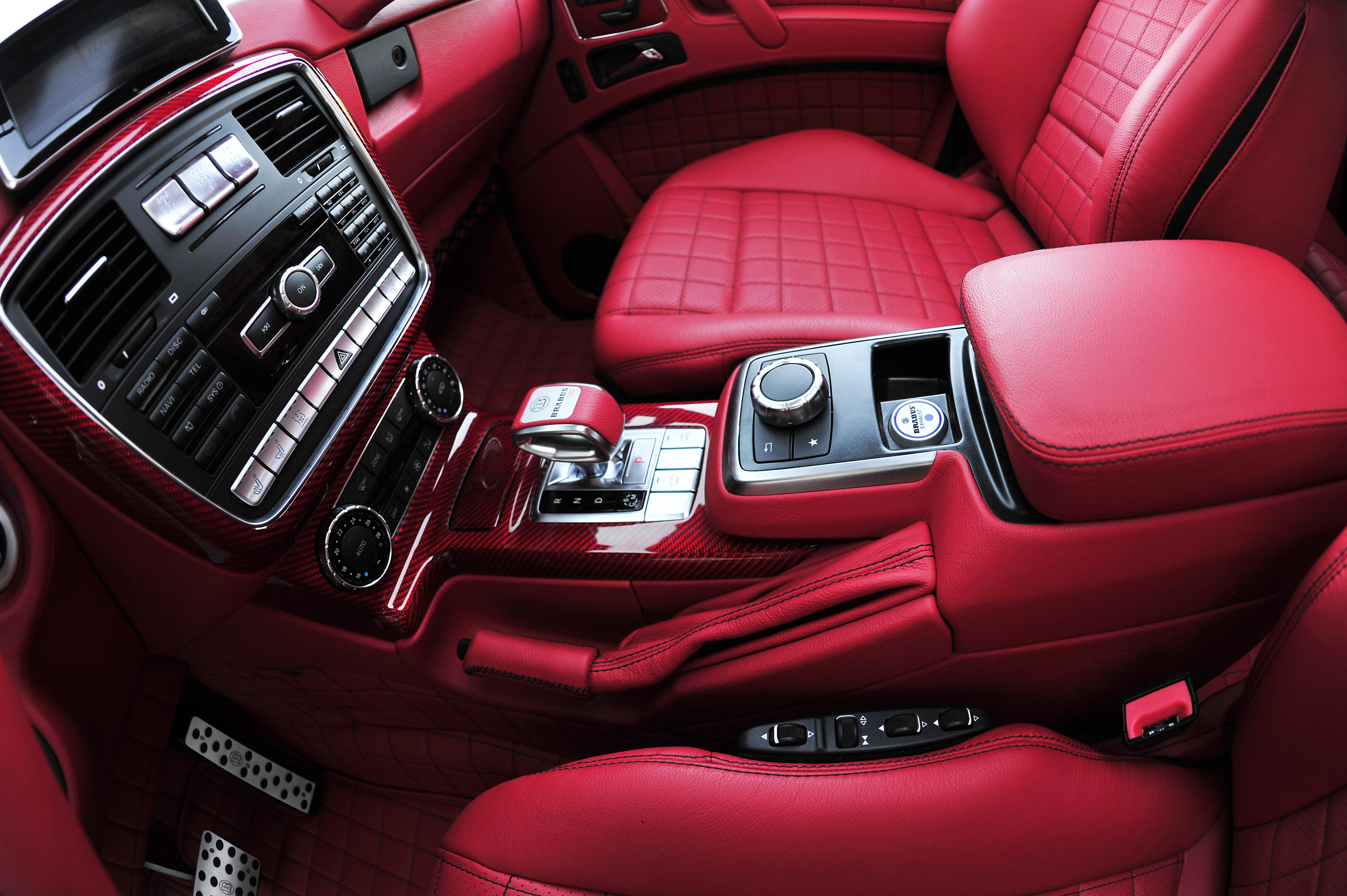 mercedes g class 6x6 interior images galleries with a bite. Black Bedroom Furniture Sets. Home Design Ideas