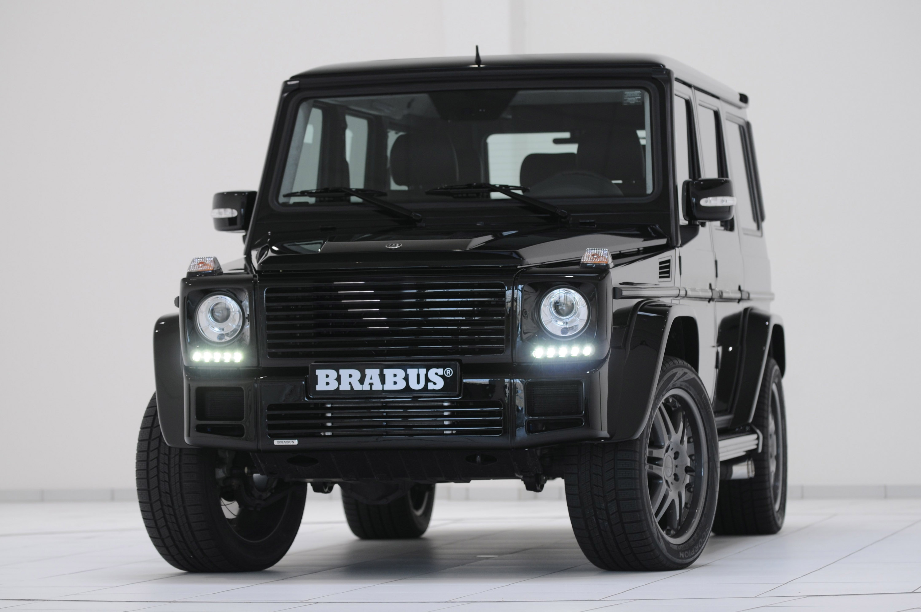 brabus g v12 s biturbo. Black Bedroom Furniture Sets. Home Design Ideas