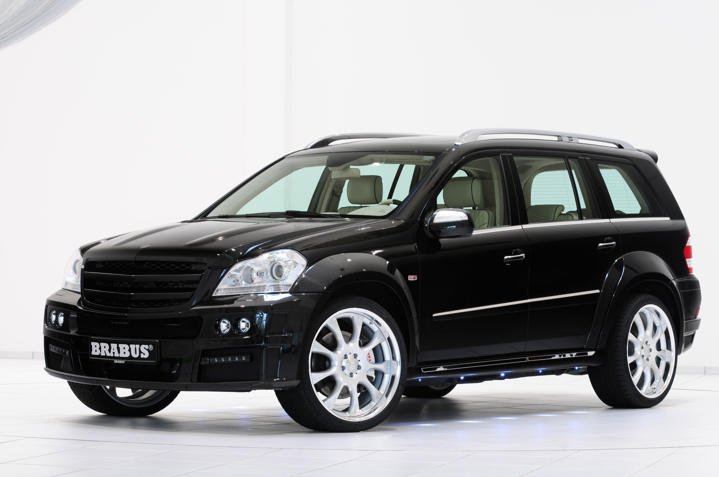 Brabus gl 63 biturbo another high end suv for Mercedes benz high end suv