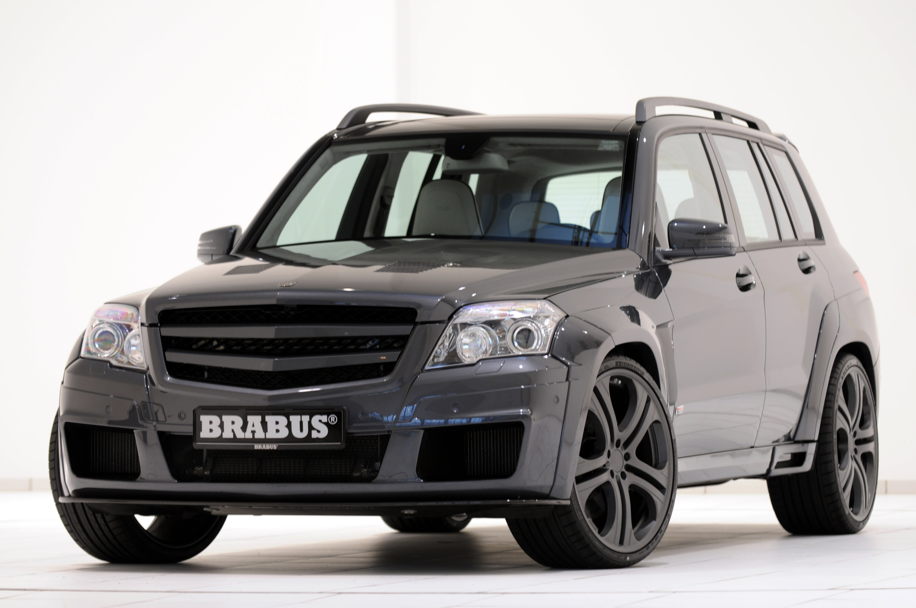 BRABUS GLK V12 strikes as the fastest SUV on the planet