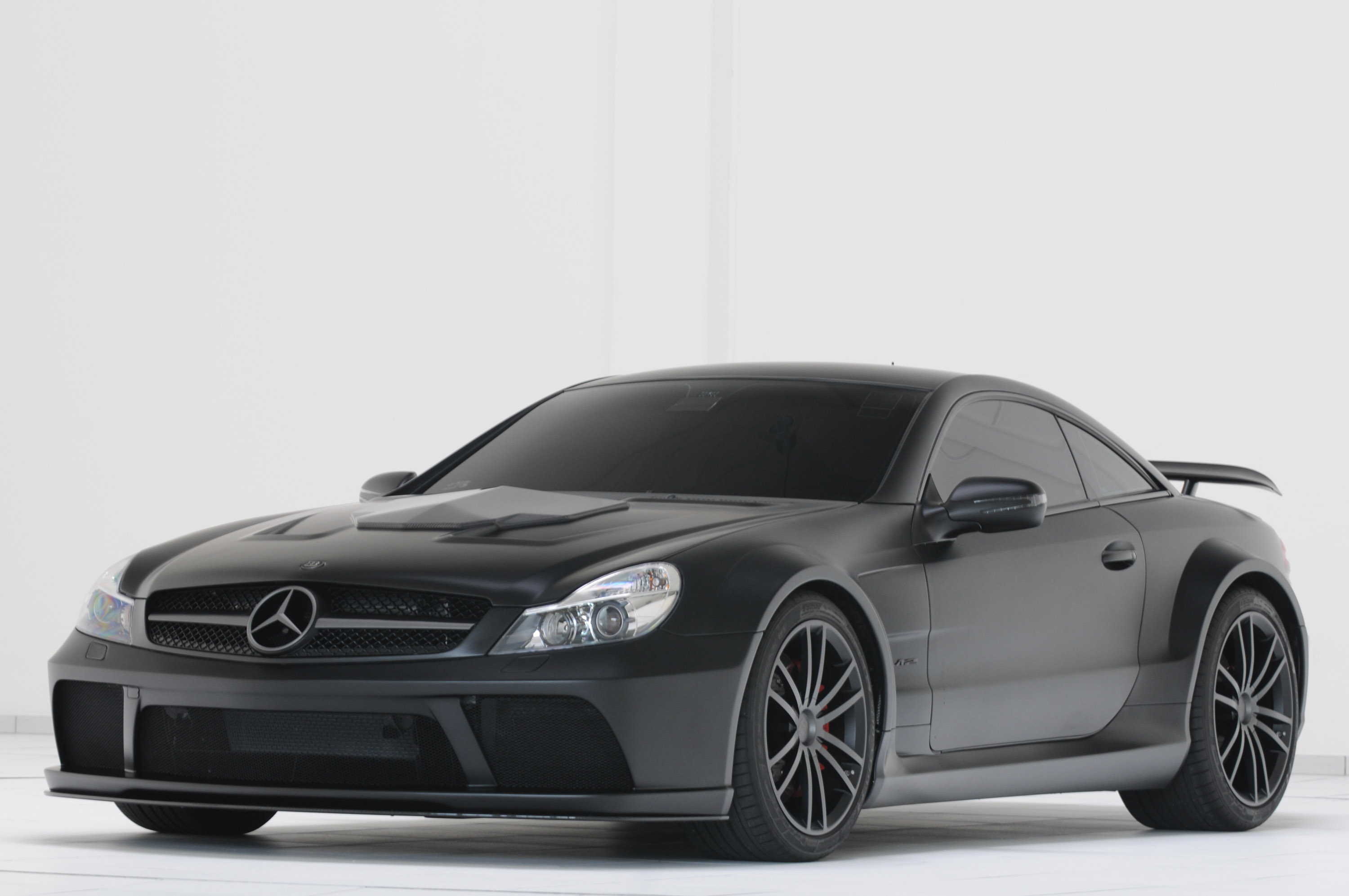 The staggering brabus t65 rs 800 hp and 1420 nm for Mercedes benz sl series