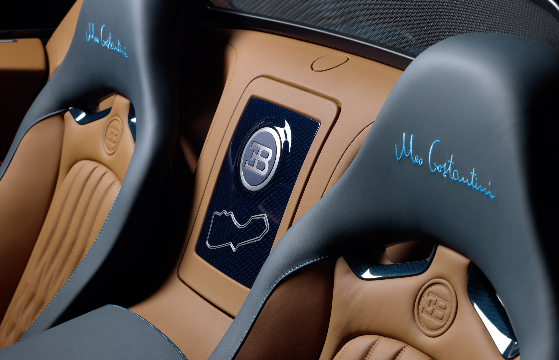 next steps towards production mclaren p1 development car video. Black Bedroom Furniture Sets. Home Design Ideas