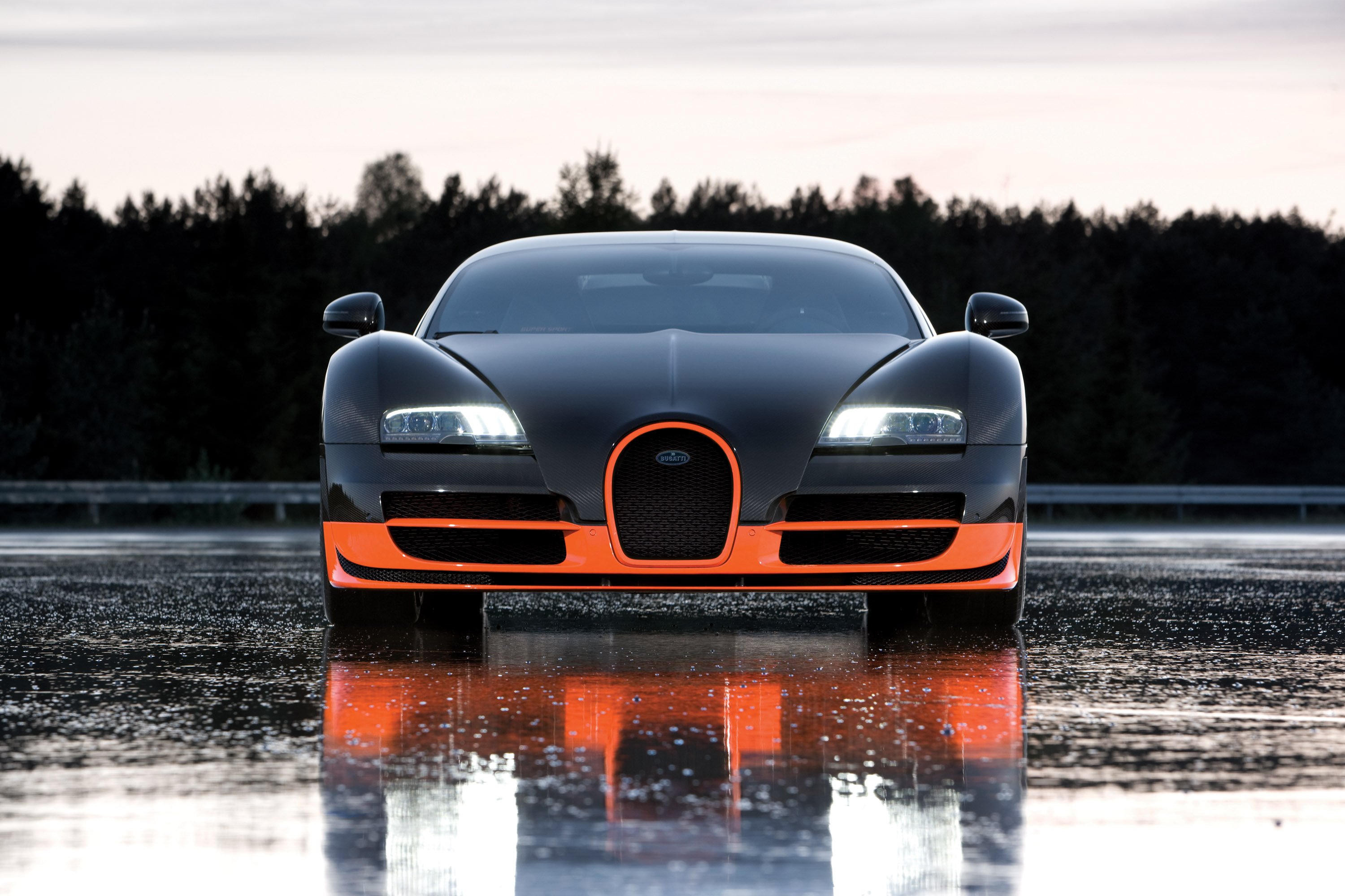 Bugatti Veyron Super Sport Review Video