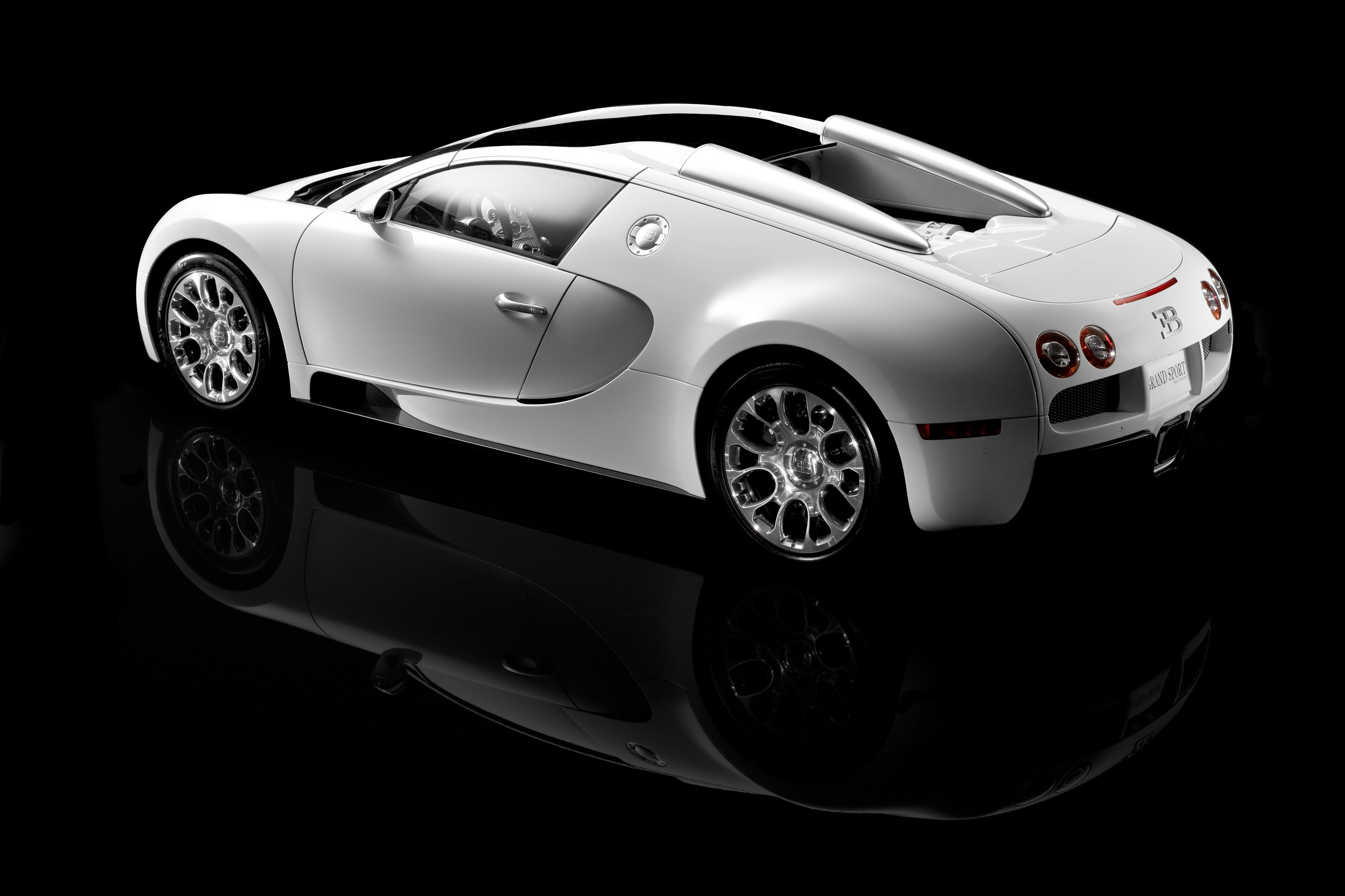 New Bugatti Veyron 16 4 Grand Sport