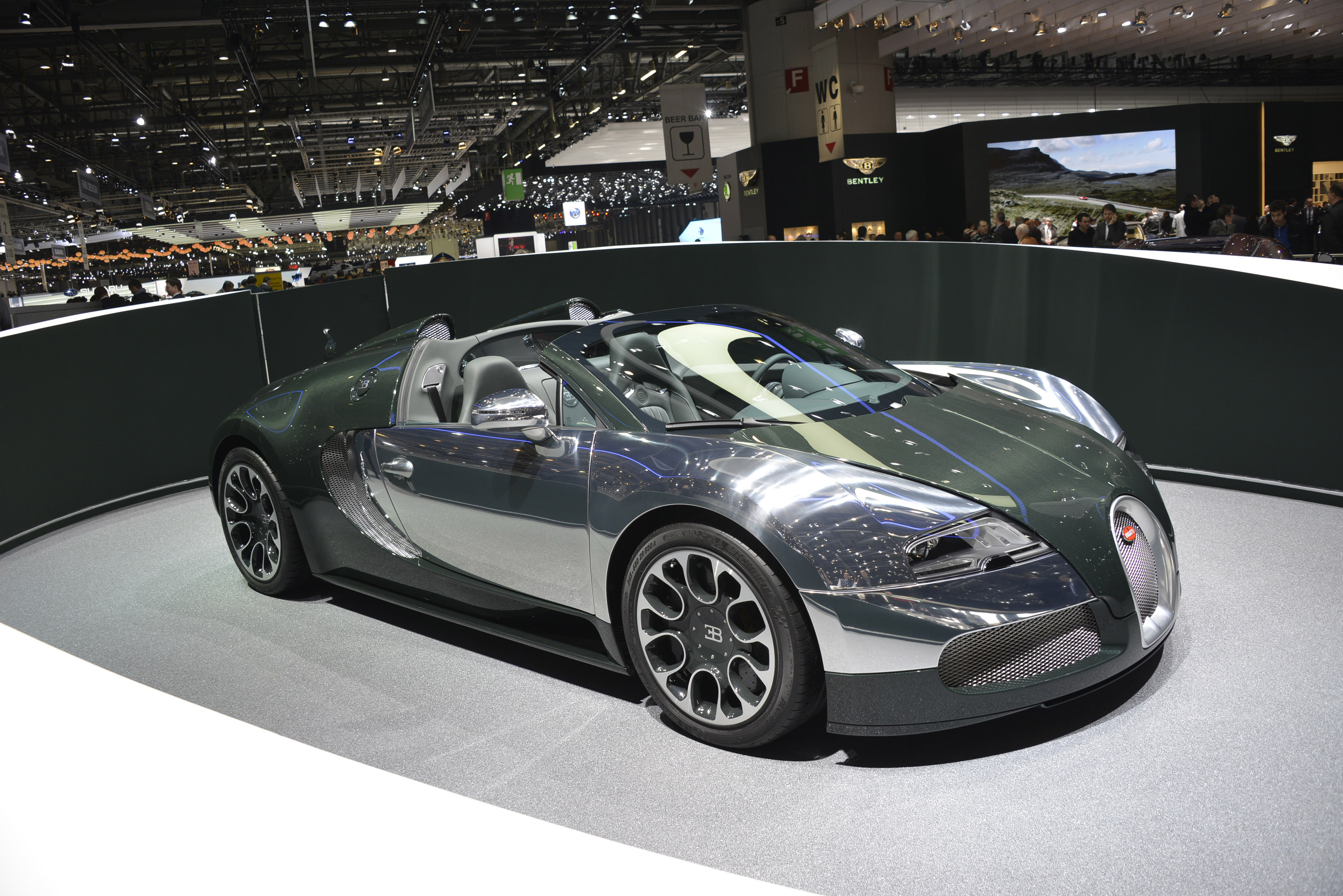 bugatti veyron grand sport geneva 2013 picture 82353. Black Bedroom Furniture Sets. Home Design Ideas