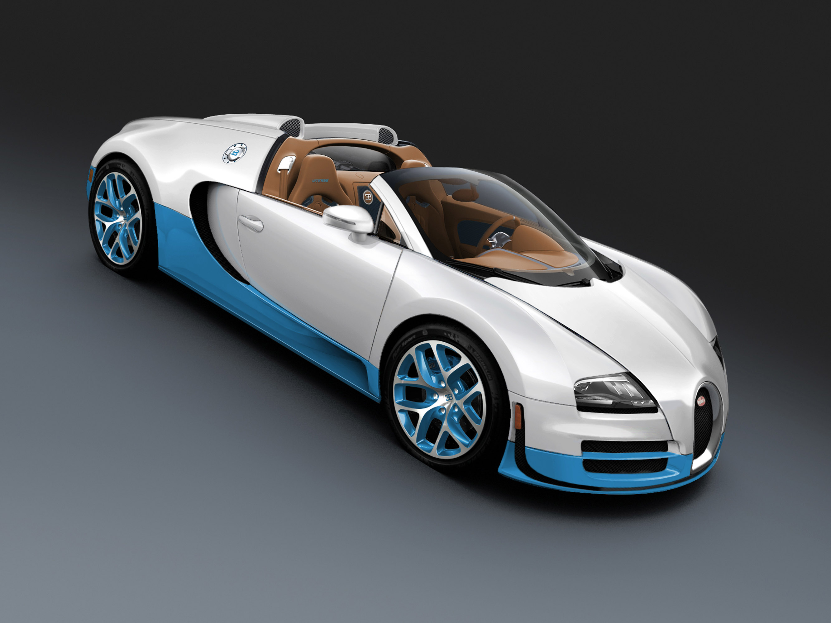bugatti veyron 16 4 grand sport vitesse debuts at the 2013 qatar motor show. Black Bedroom Furniture Sets. Home Design Ideas