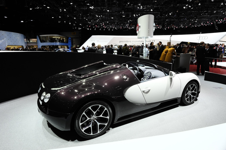 2012 bugatti veyron grand sport vitesse jet grey picture. Black Bedroom Furniture Sets. Home Design Ideas