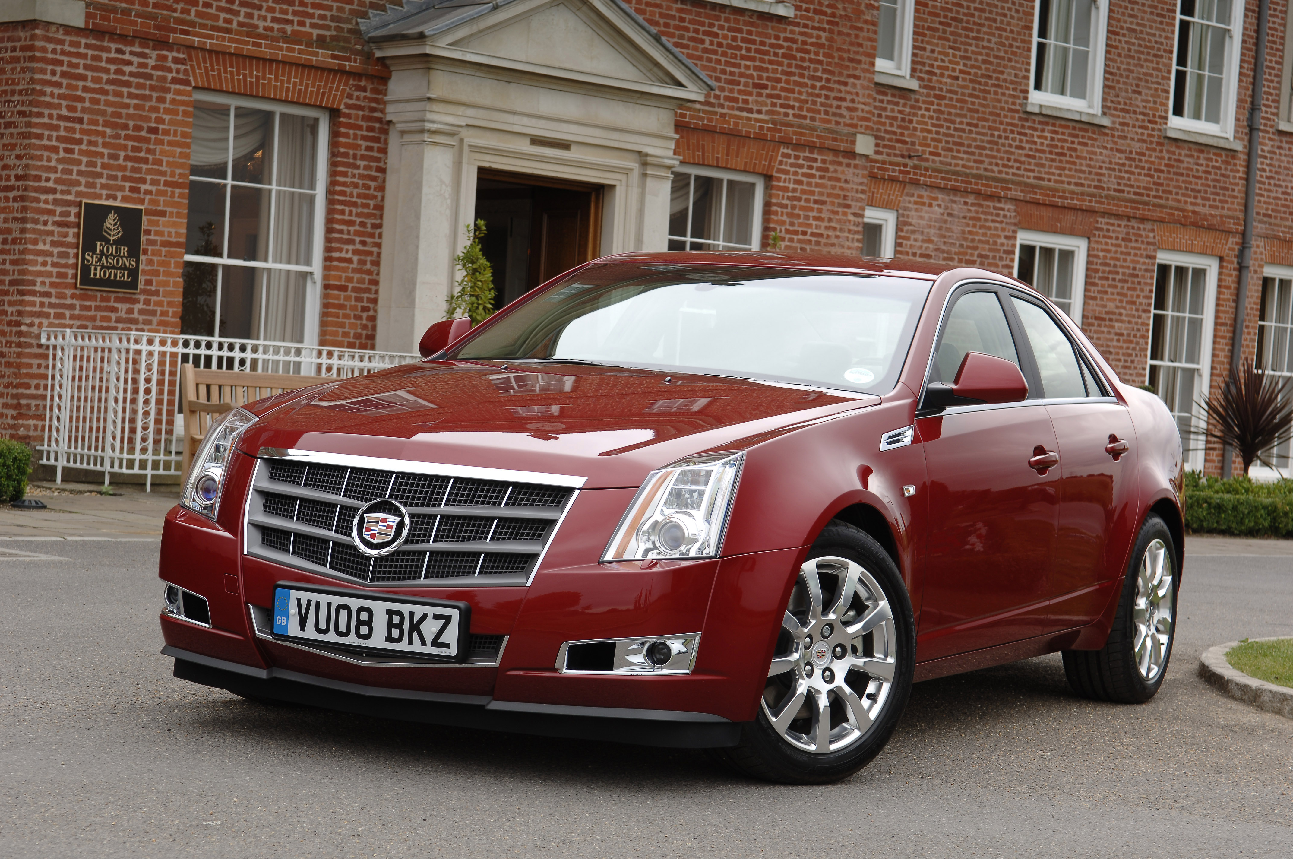 2009 Cadillac CTS – OVERVIEW