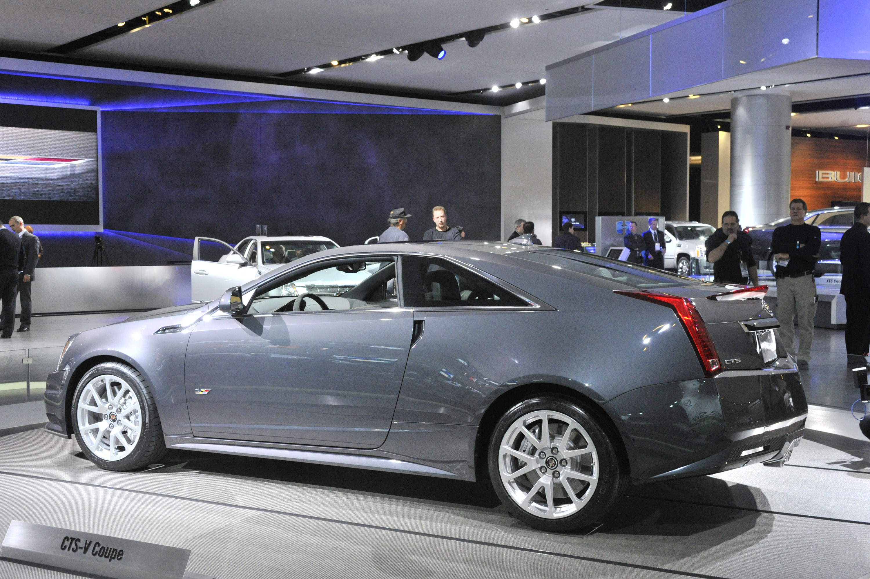 2010 Cadillac Cts V Coupe Detroit Picture 30206