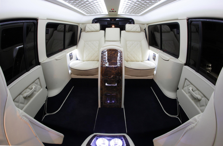 Carisma Auto Design Land Rover Defender Interior