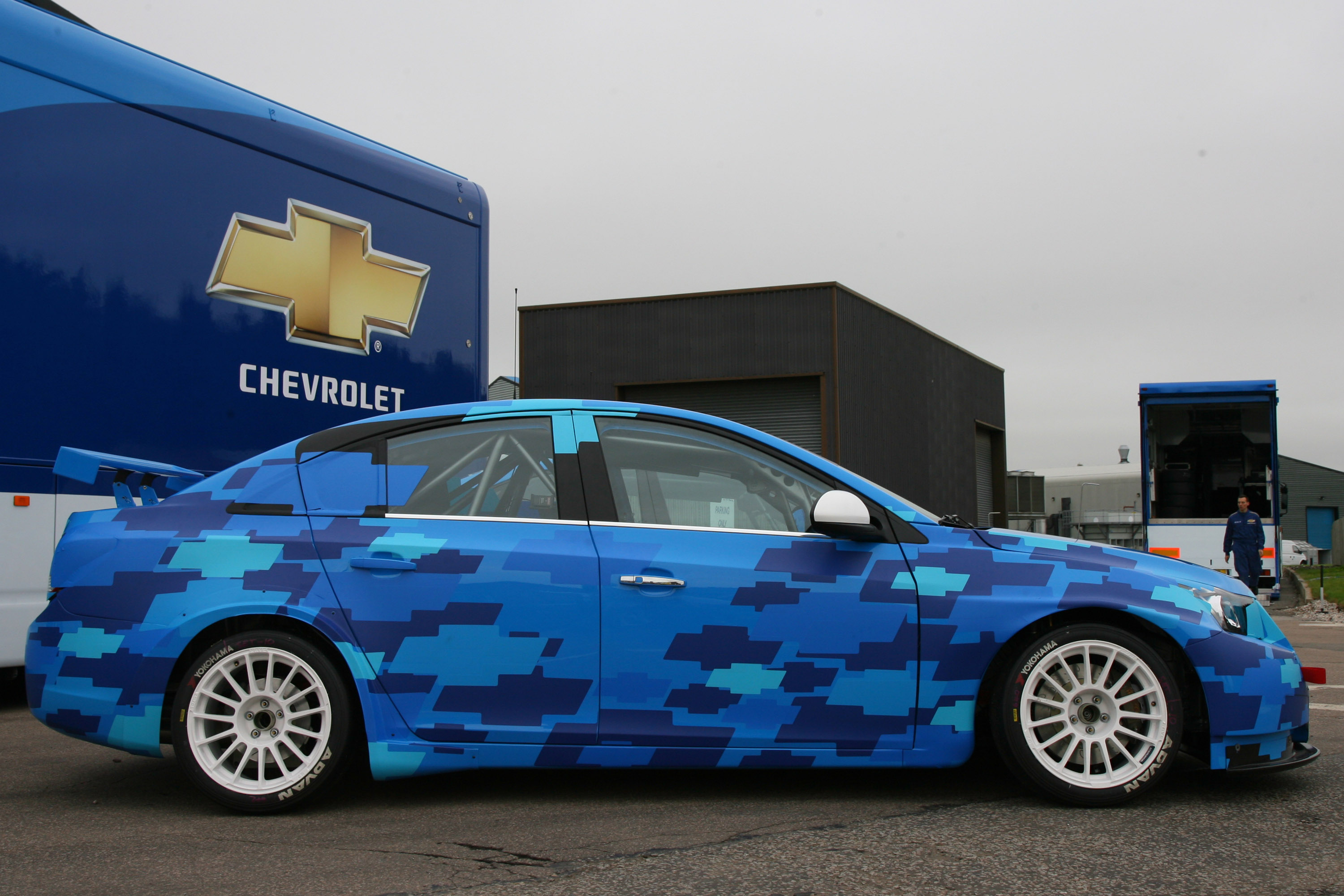 new chevrolet cruze starts winter tests in portugal
