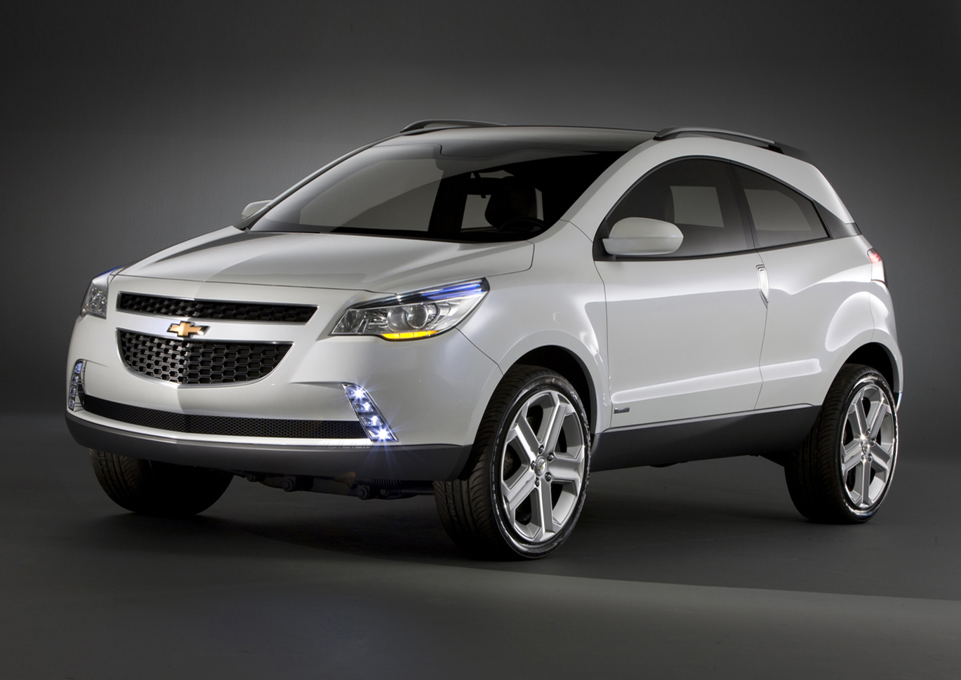 chevrolet reveals the gpix crossover coupe concept. Black Bedroom Furniture Sets. Home Design Ideas