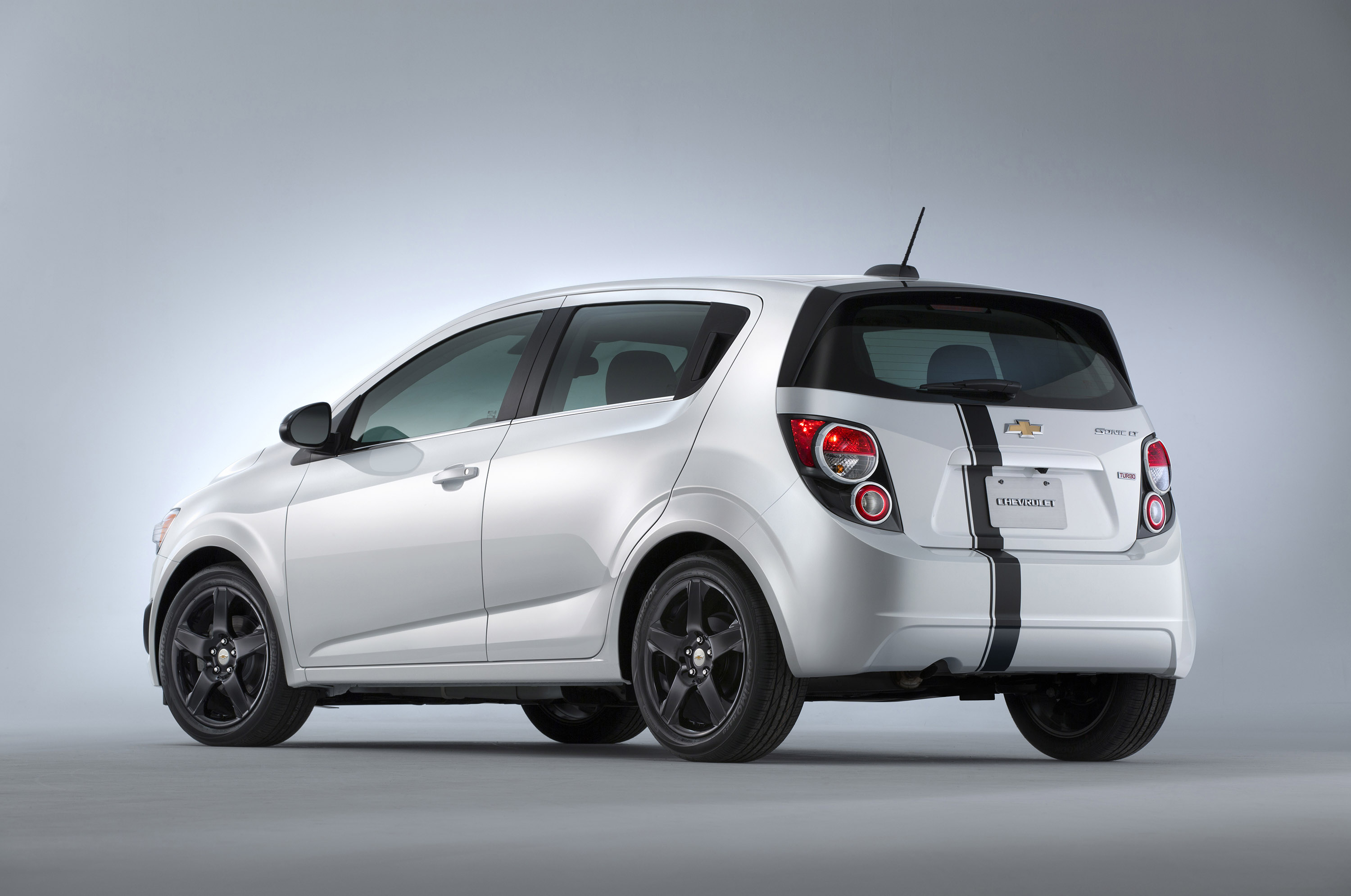 Chevrolet Sonic Accessories Concept - Picture 111707