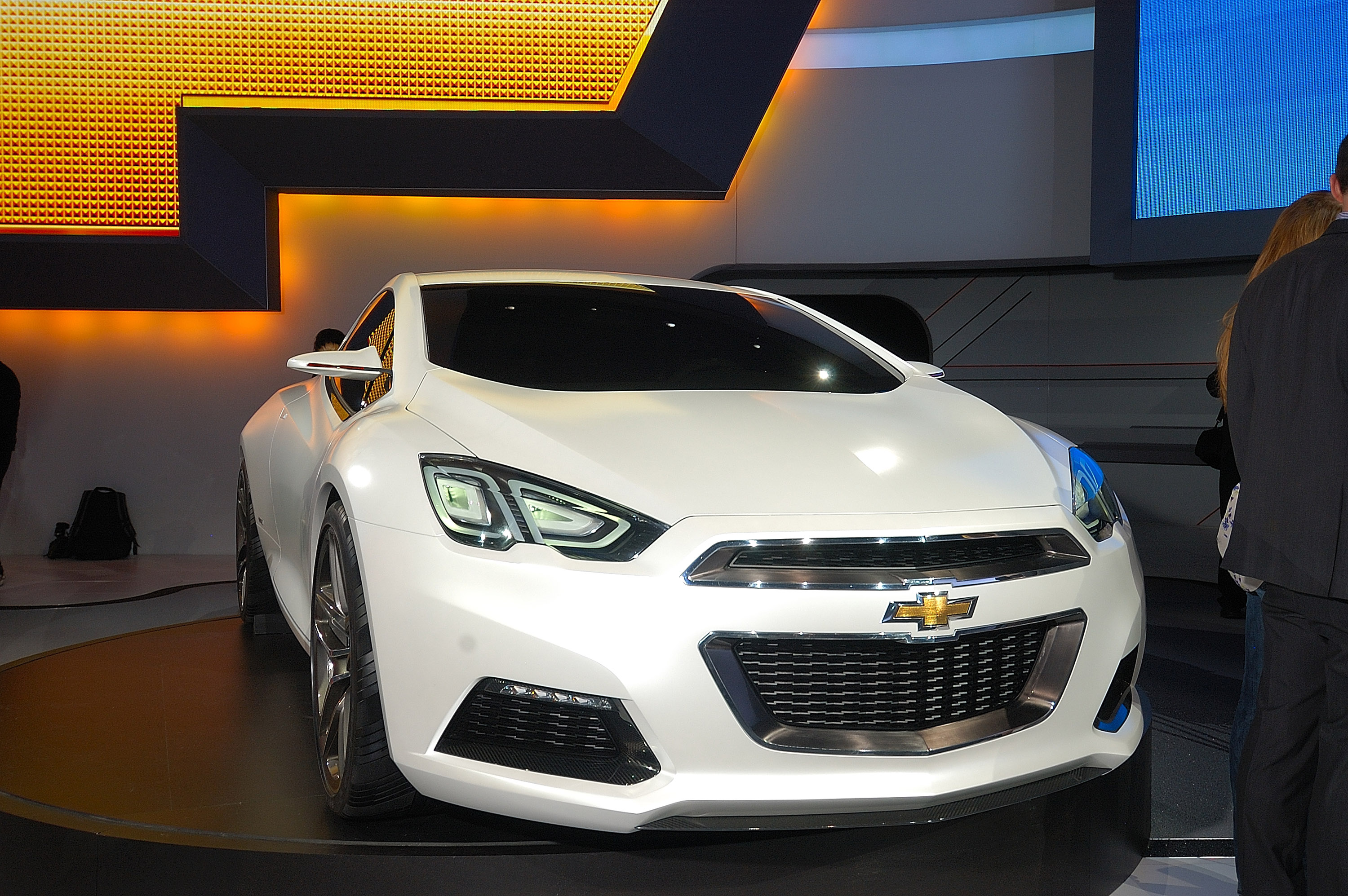 chevrolet code 130r and chevrolet tru 140s concepts