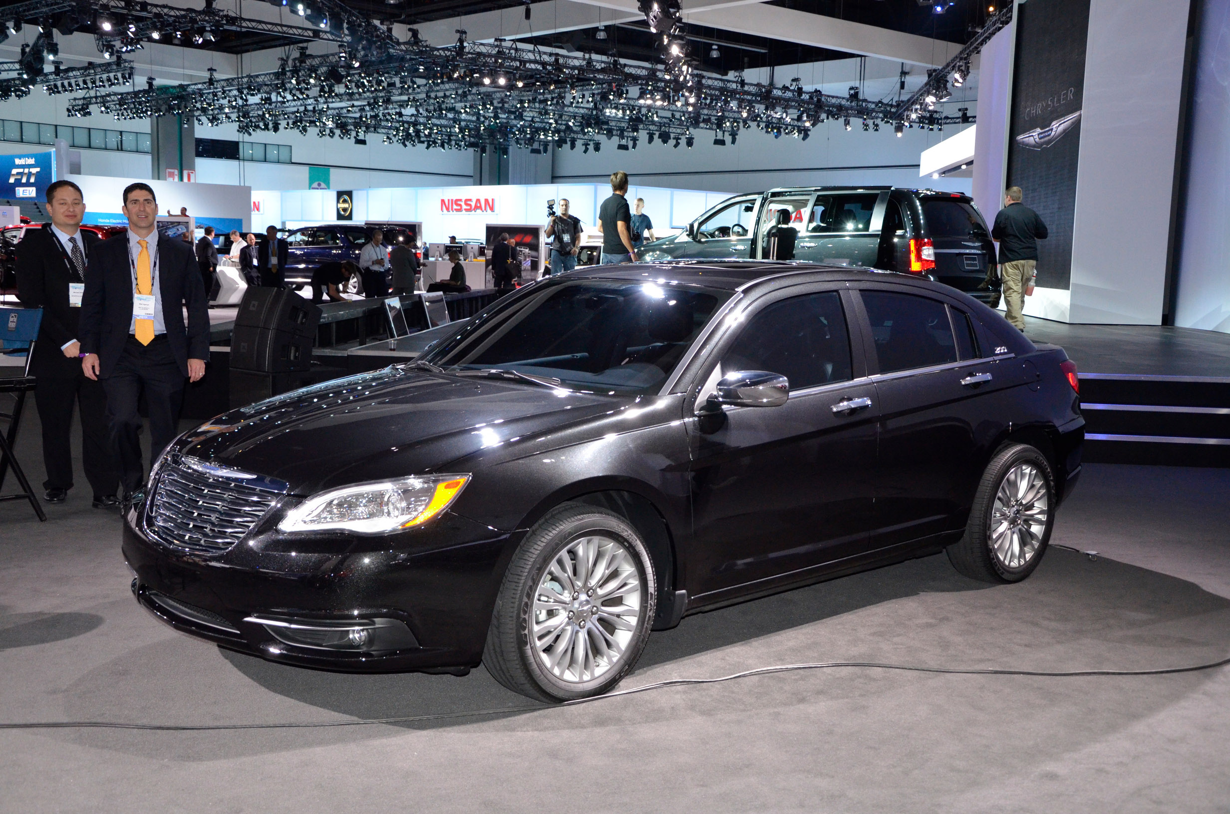 Chrysler 200 Los Angeles 2010 Picture 45836
