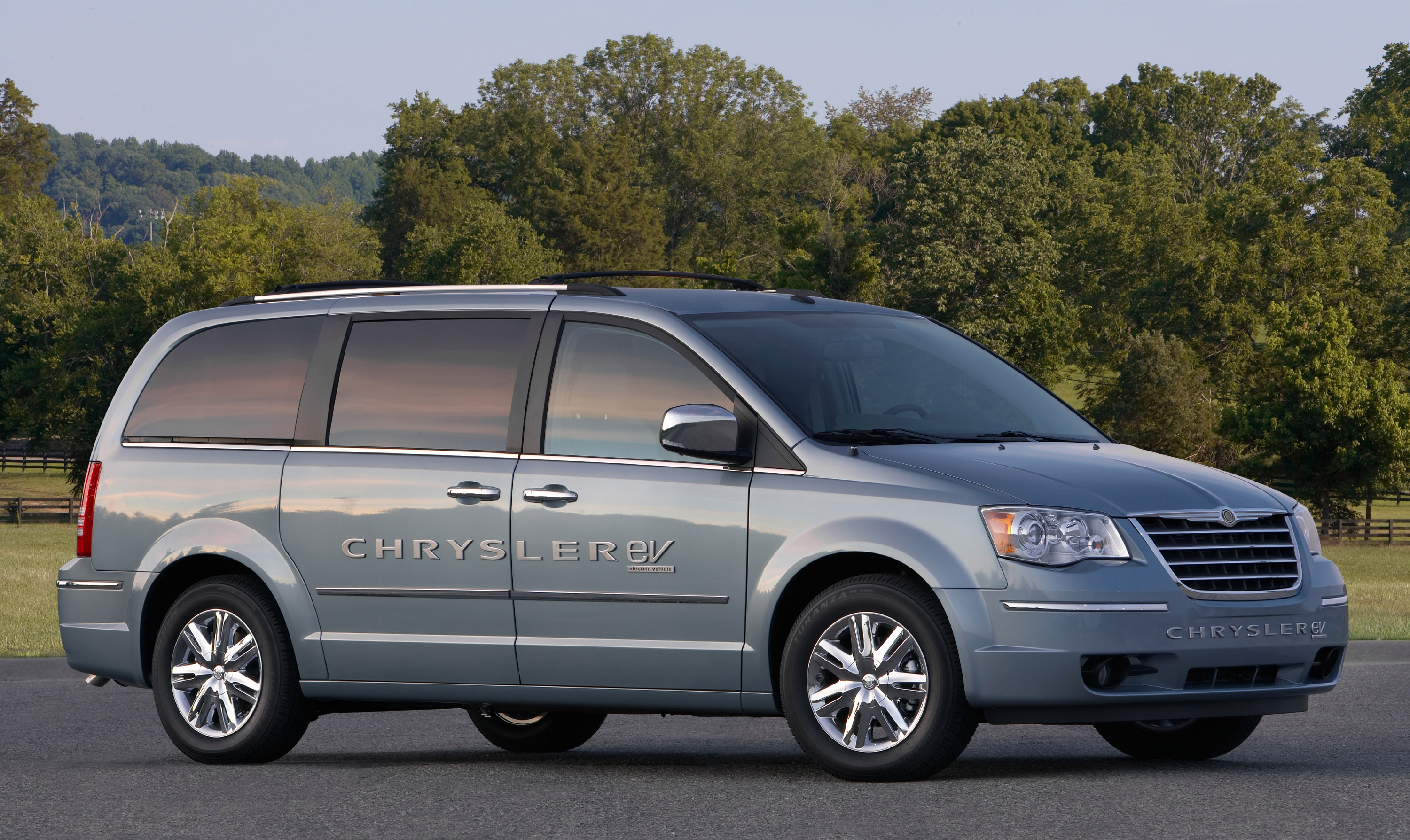 Chrysler Llc Surges Forward With Production Intent Electric Vehicles