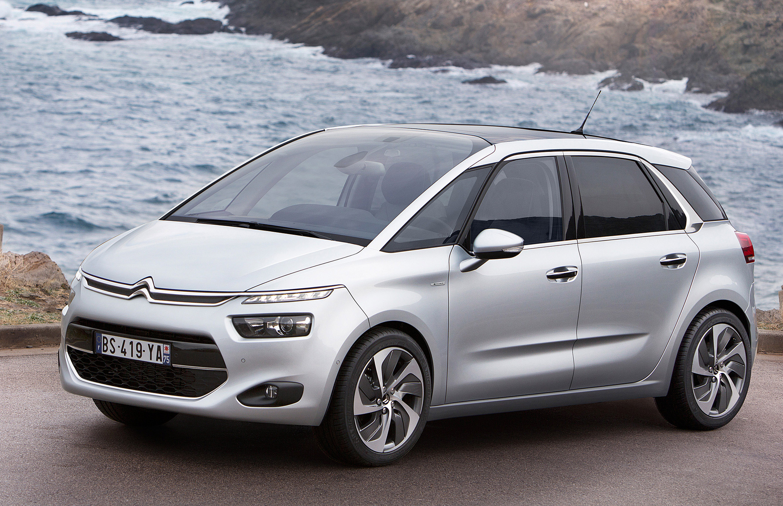 2014 Citroen C4 Picasso Technospace Revealed