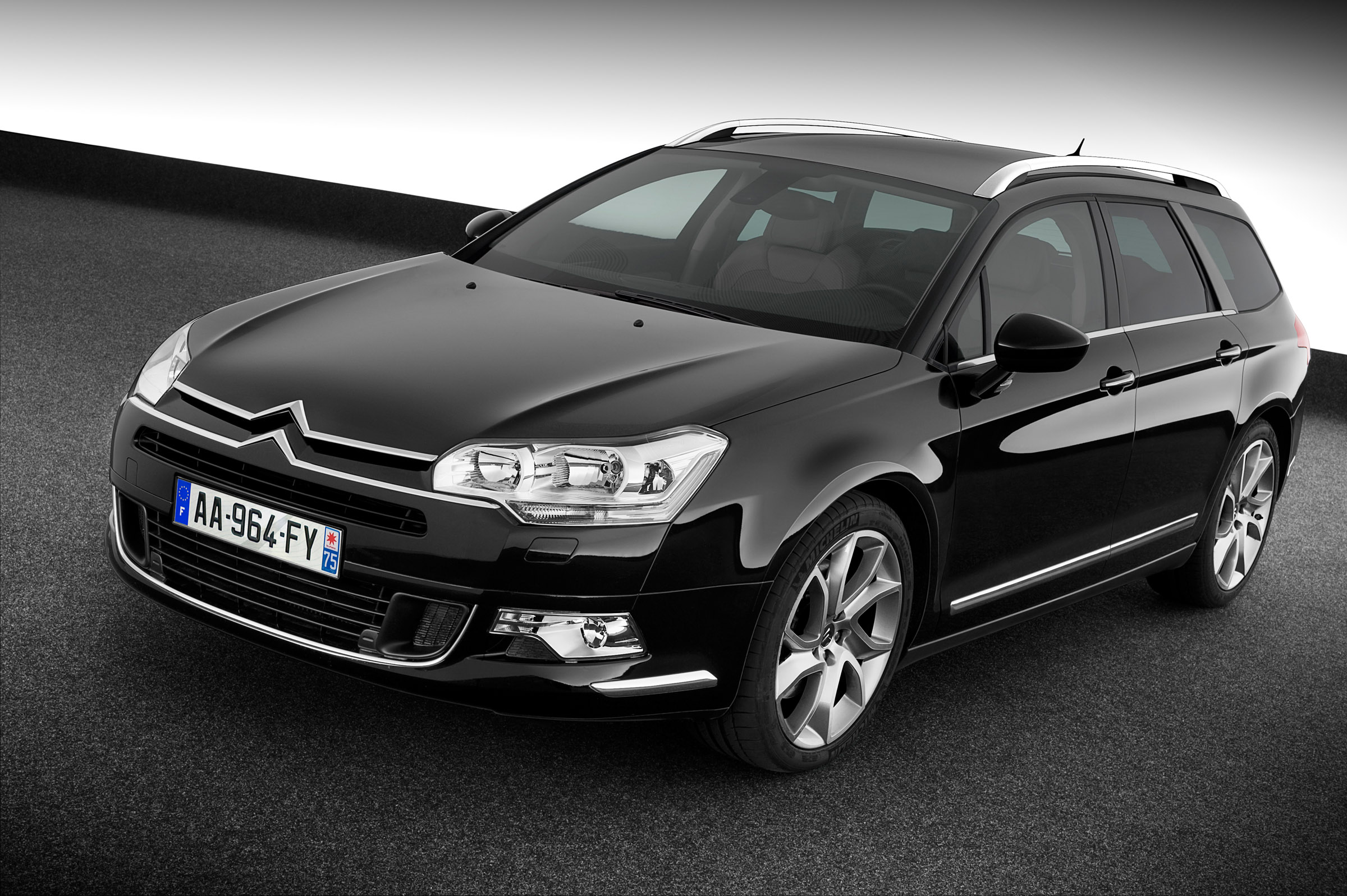 new evolved v6 diesel engine for the citroen c5 and c6. Black Bedroom Furniture Sets. Home Design Ideas