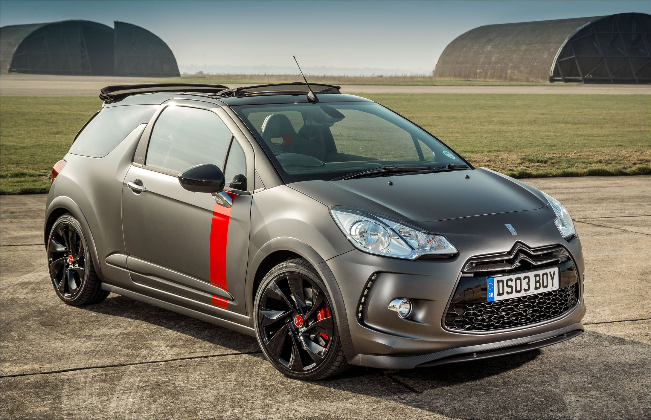 Citroen ds3 cabrio racing ultra limited edition goes on sale citroen ds3 cabrio racing ultra limited edition 10 of 24 vanachro Image collections