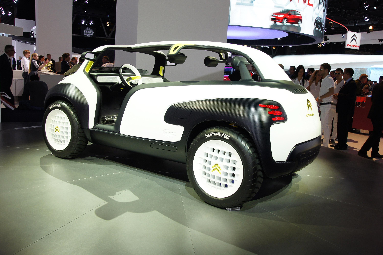 Mercedes benz c class receives dezent tg dark wheels novitec tridente maserati granturismo s citroen lacoste paris 2010 vanachro Images