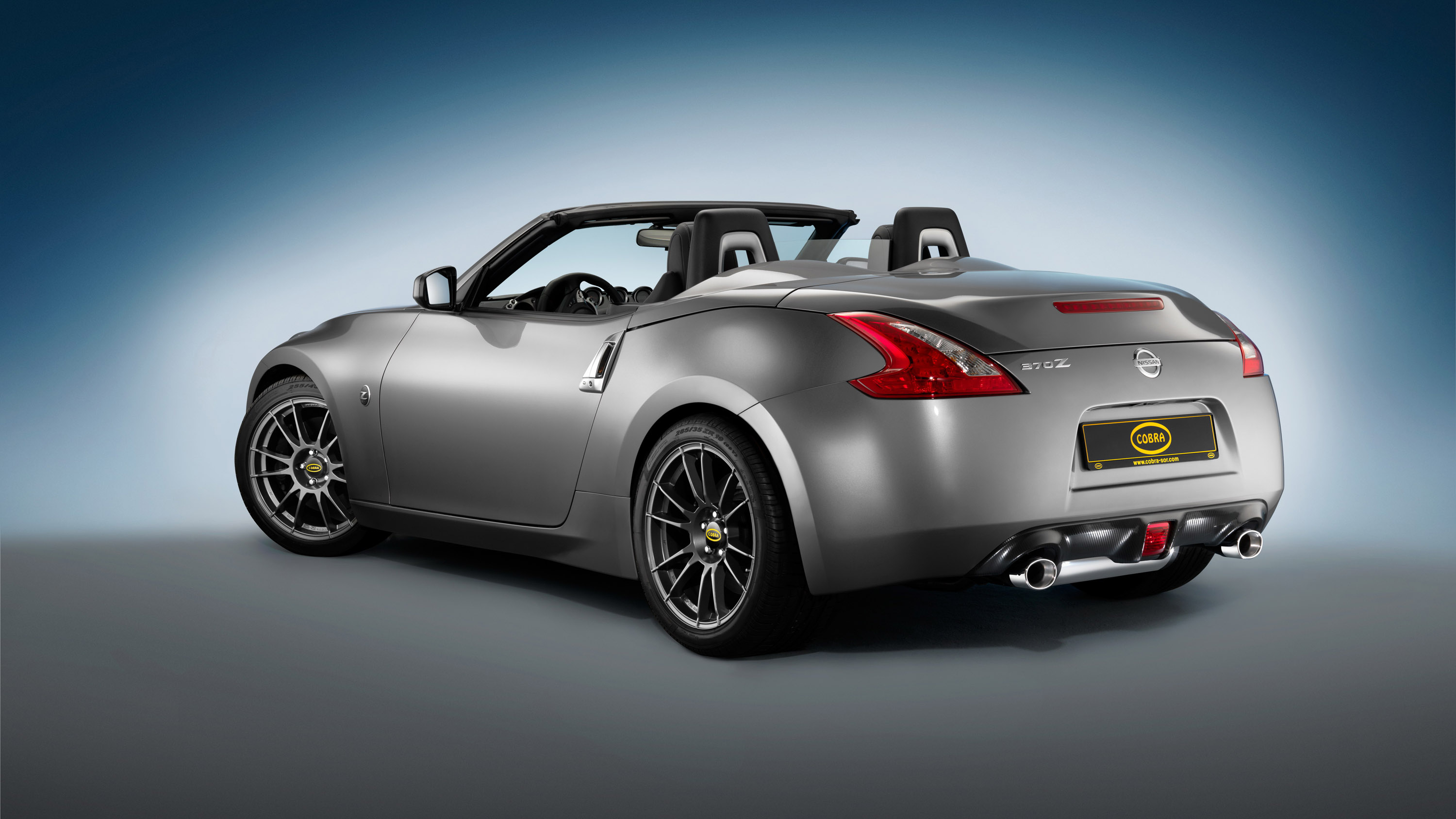 nissan 370z roadster tuned by cobra technology and lifestyle. Black Bedroom Furniture Sets. Home Design Ideas