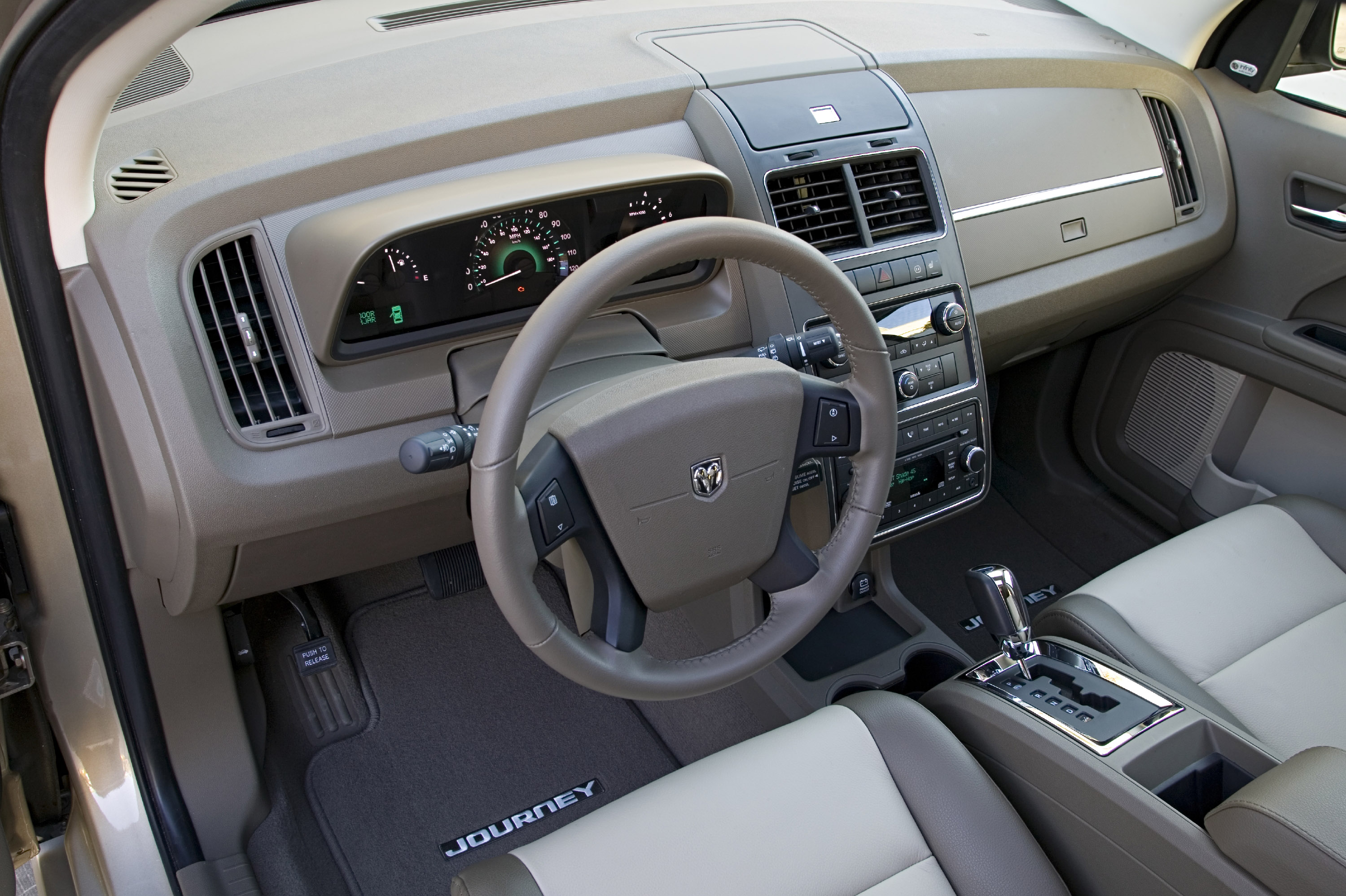 2009 Dodge Journey Interior Specs