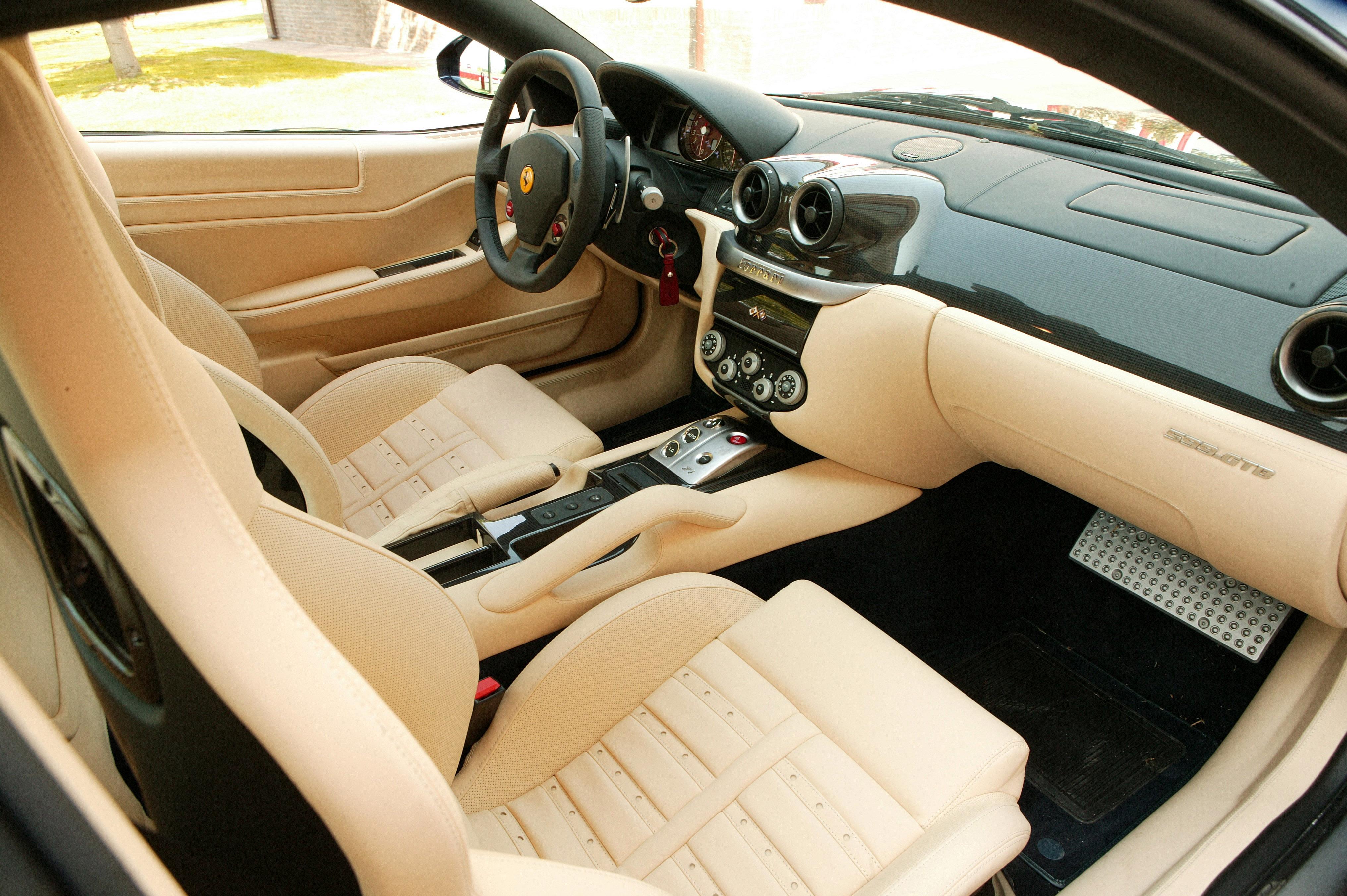 Ferrari 599 gtb fiorano vs f40 video ferrari 599 gtb fiorano vanachro Image collections