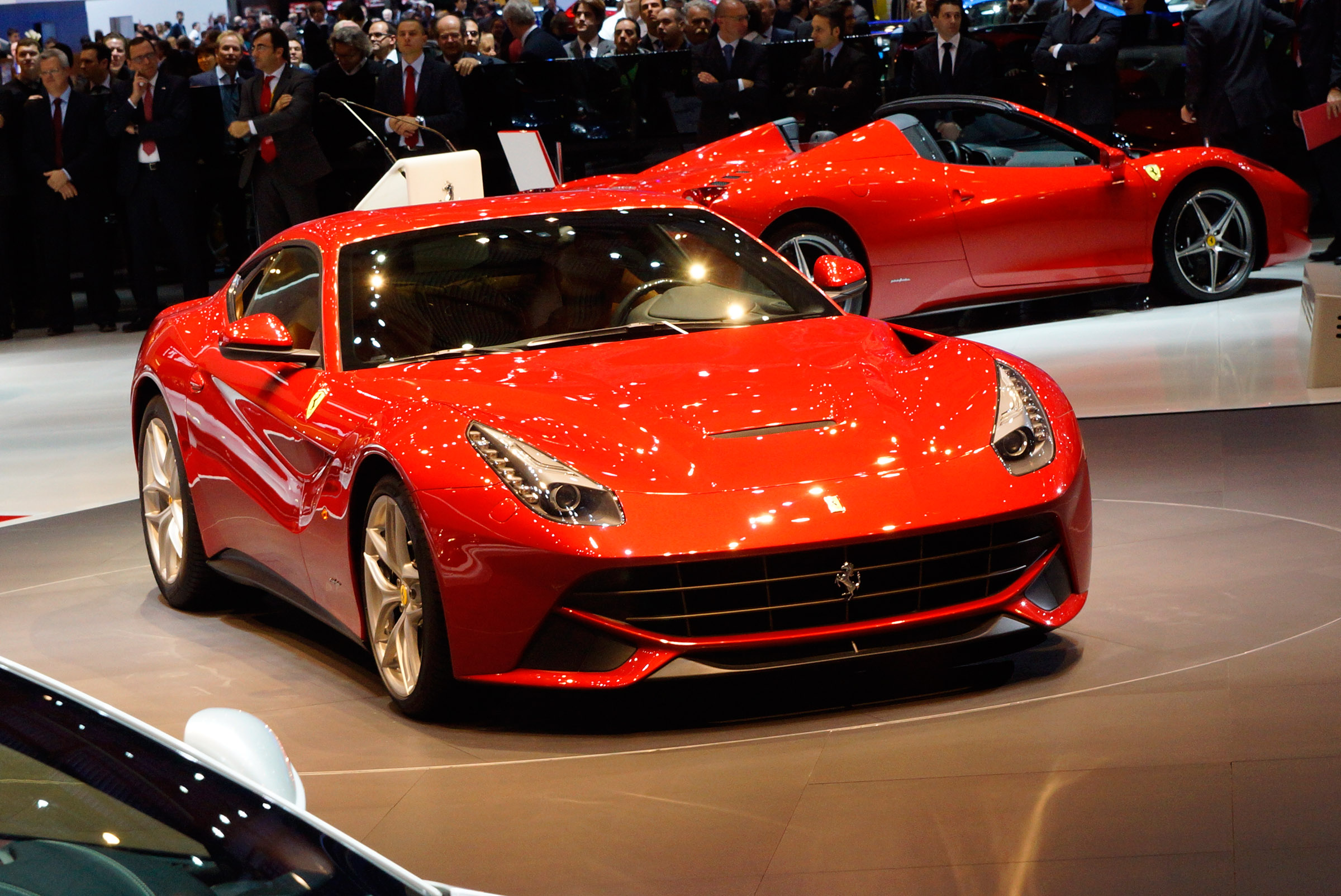 2012 geneva motor show ferrari f12berlinetta