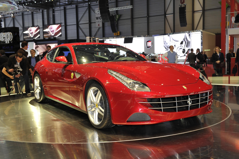 Ferrari's 4WD System In FF [video]
