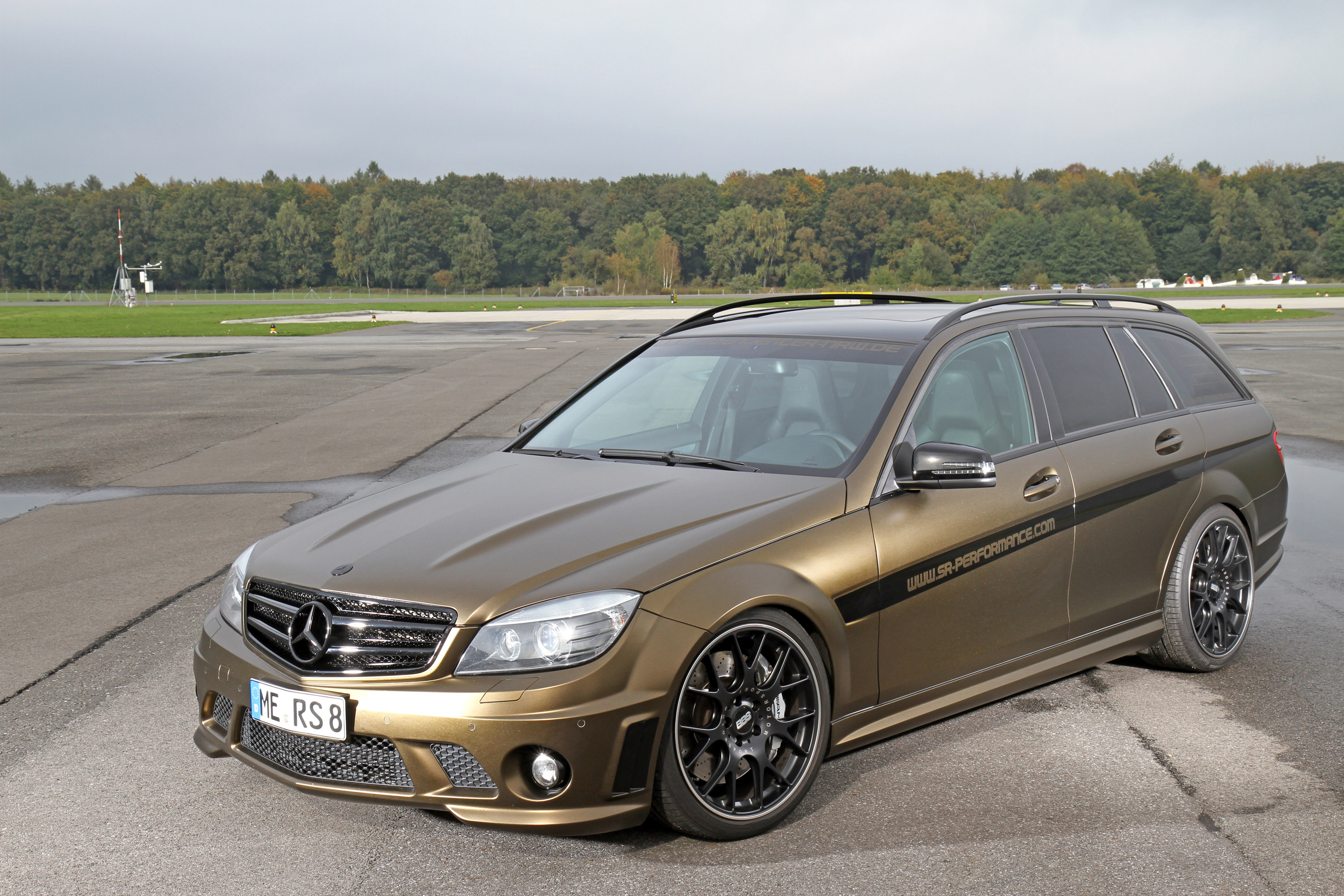 Foliencenter Nrw Mercedes Benz C63 Amg In Matt Bond Gold