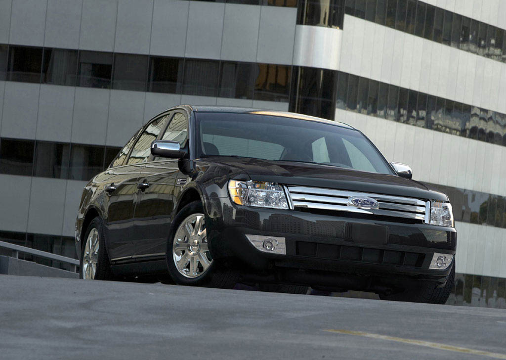 https://www.automobilesreview.com/gallery/ford-five-hundred/ford-five-hundred-02.jpg