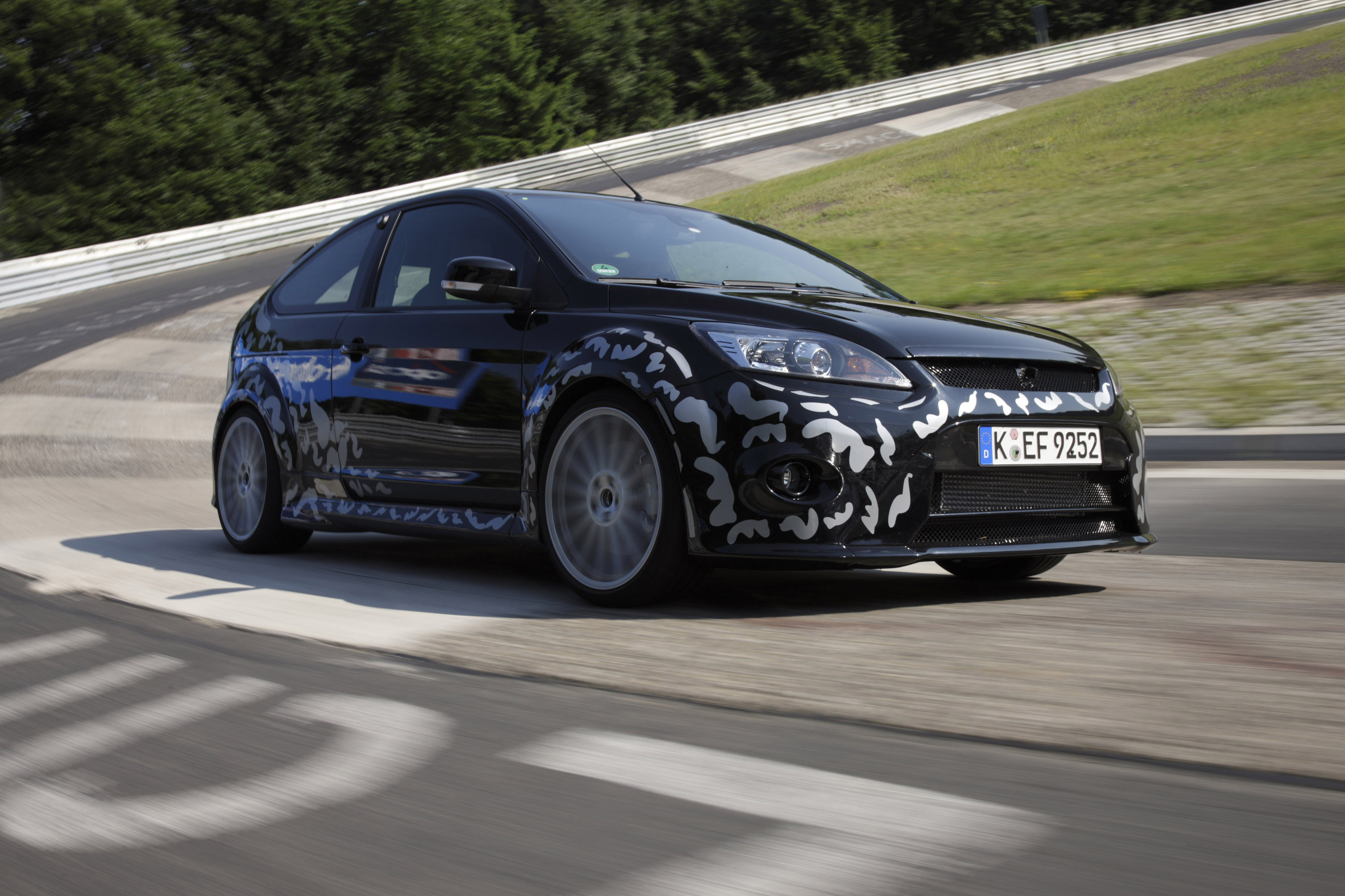 ford focus rs prototype 2009 2 of 2